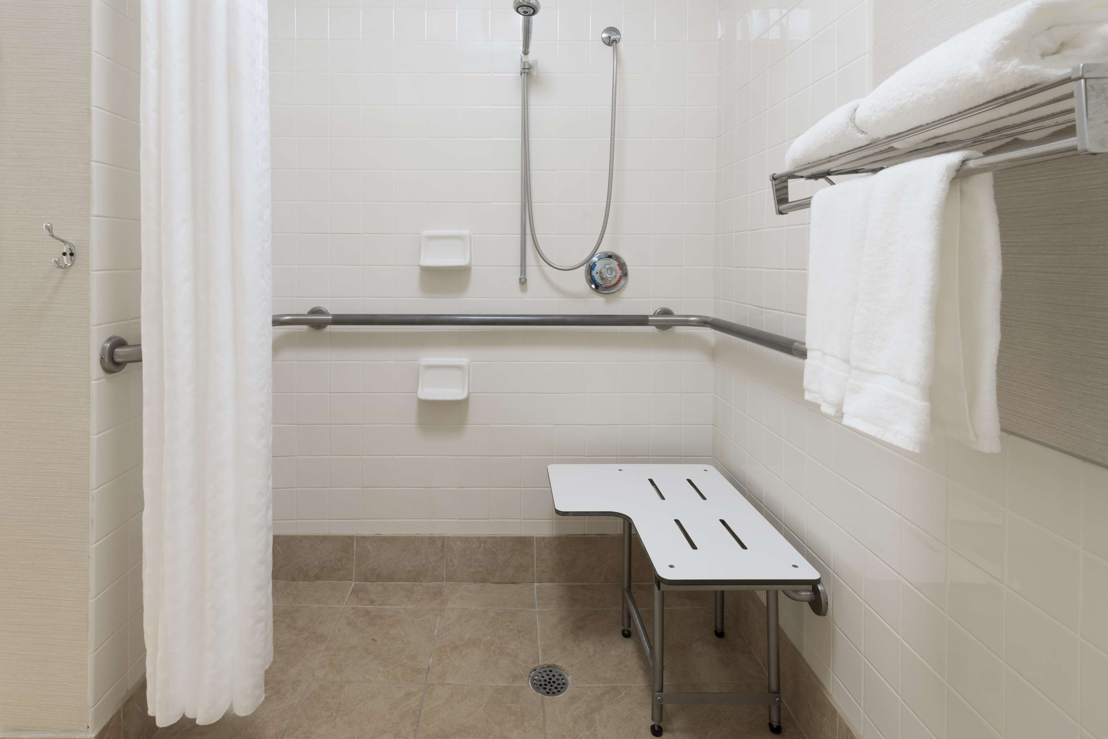 Homewood Suites by Hilton Raleigh-Durham AP/Research Triangle image 7