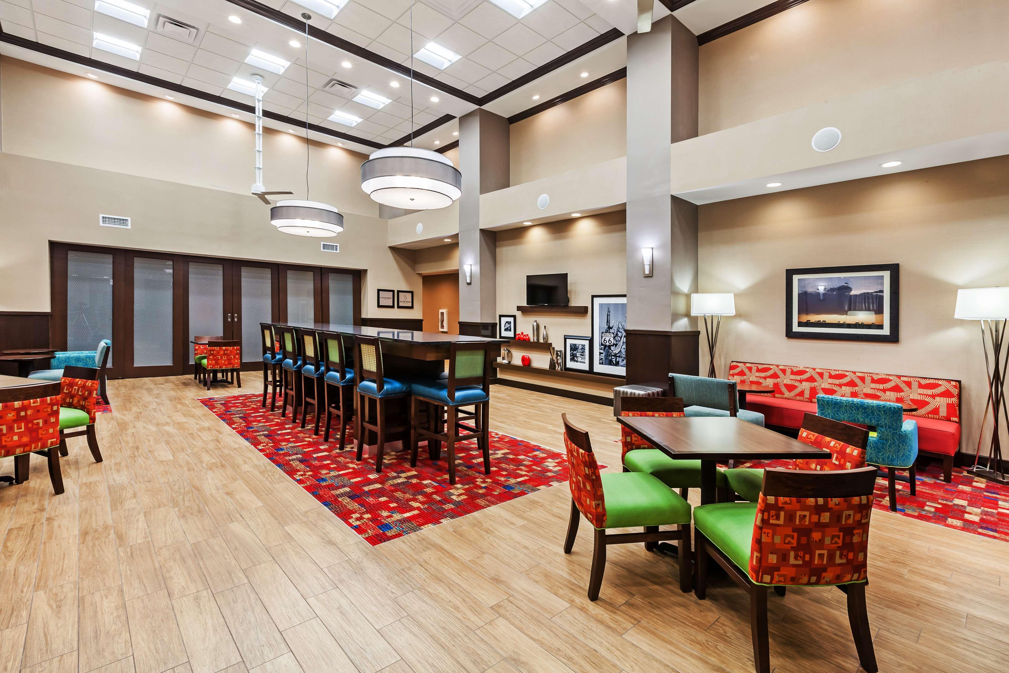 Hampton Inn & Suites Claremore image 5