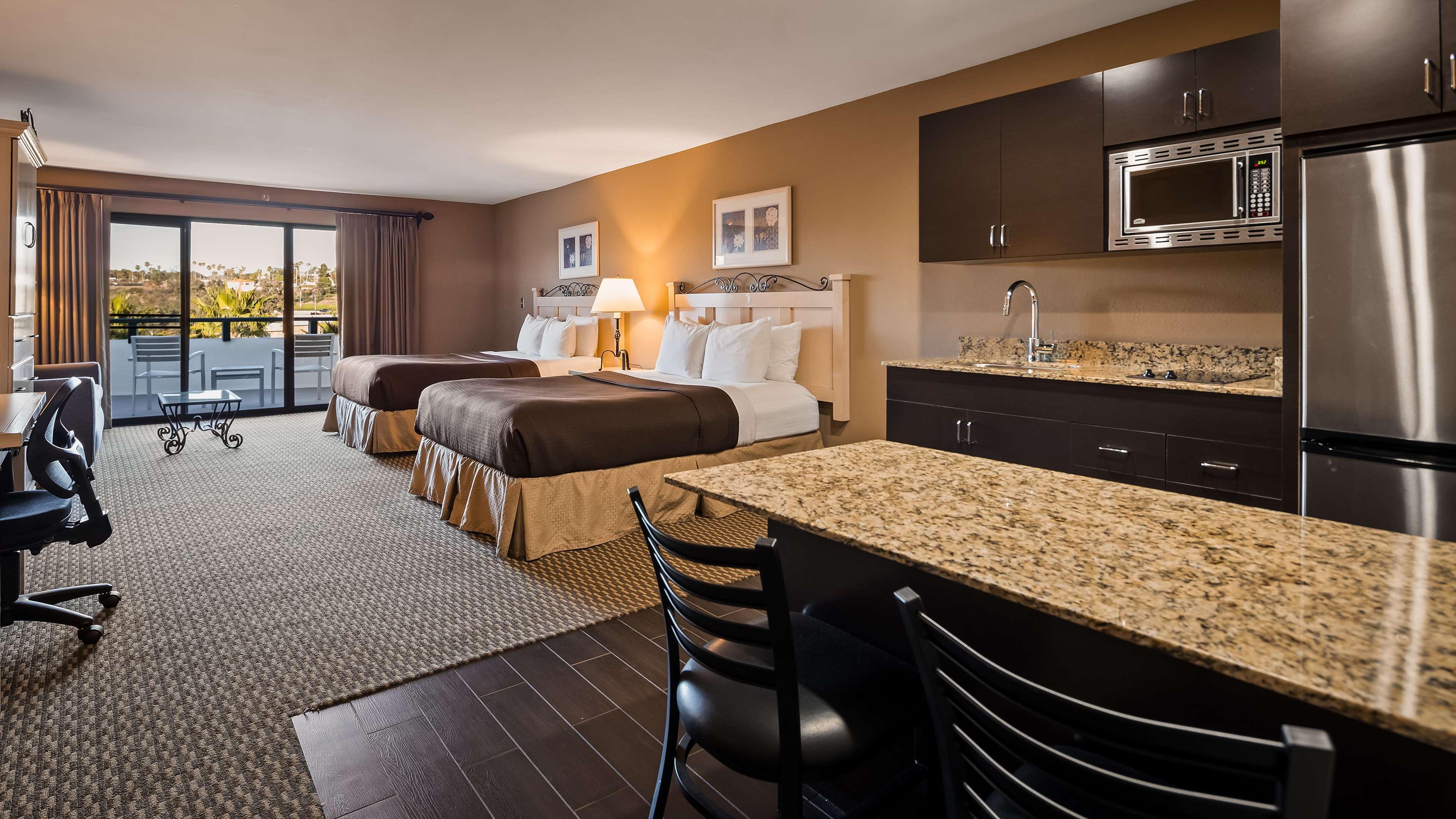 Best Western Encinitas Inn & Suites at Moonlight Beach image 16