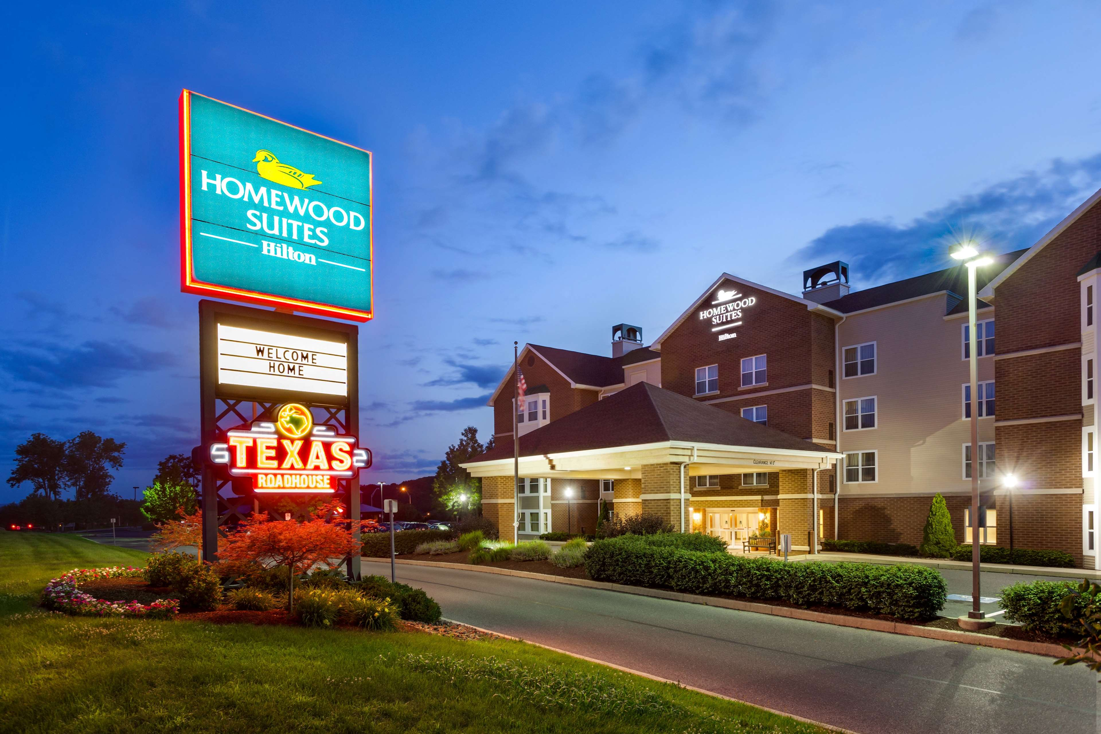 Homewood Suites by Hilton Reading image 1