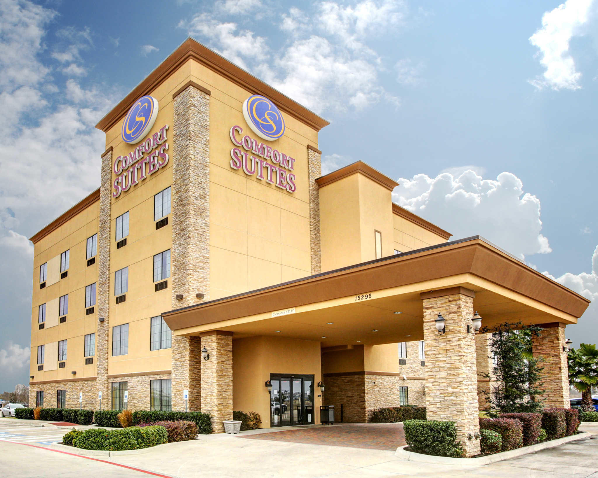 Comfort Suites Buda - Austin South image 3