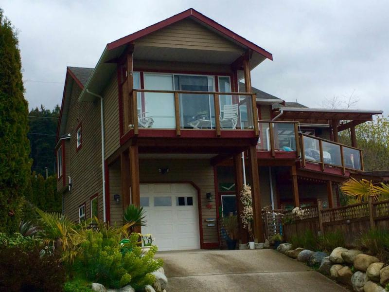 101 Contracting Co Ltd in Halfmoon Bay