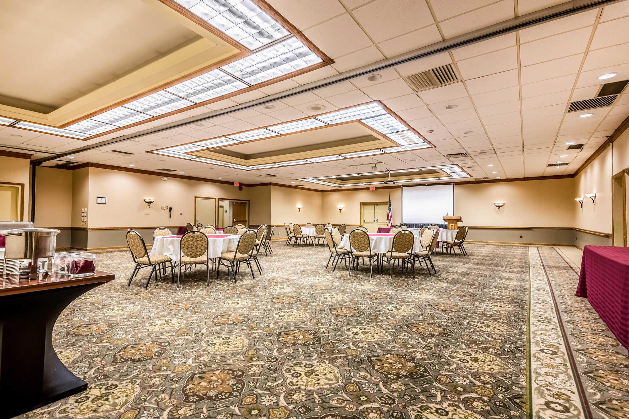 Quality Inn near Finger Lakes and Seneca Falls image 33