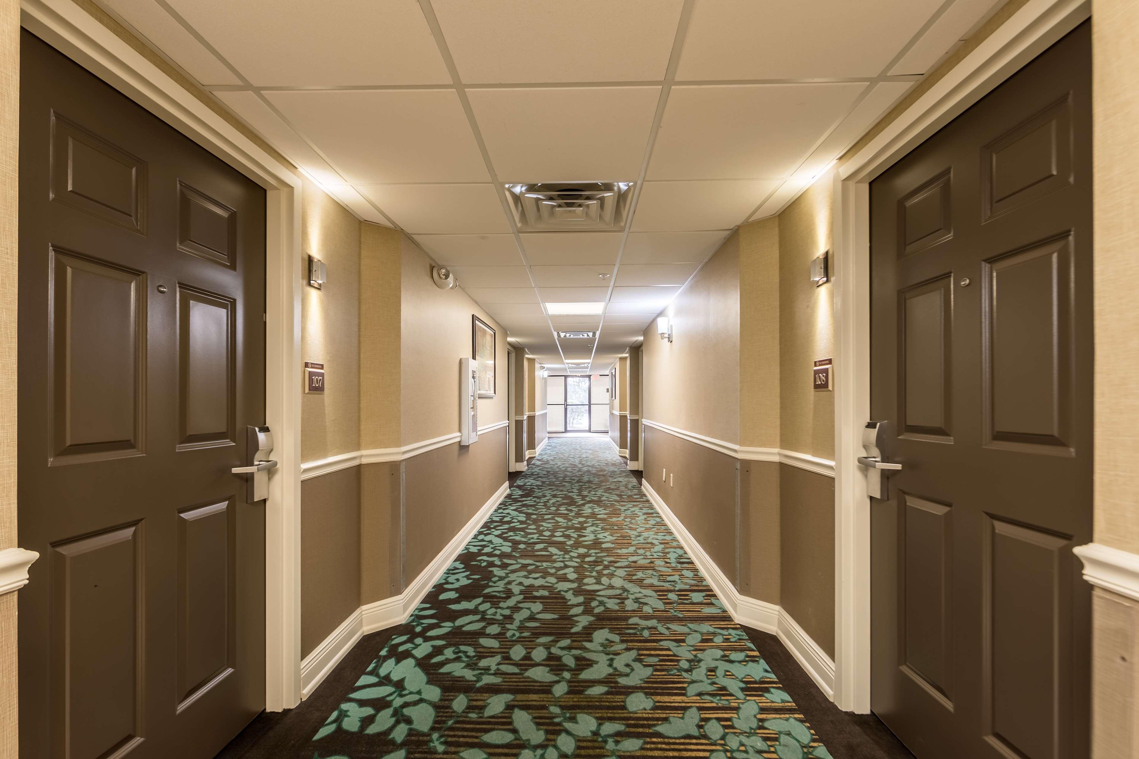 Best Western Plus Sebastian Hotel & Suites image 21