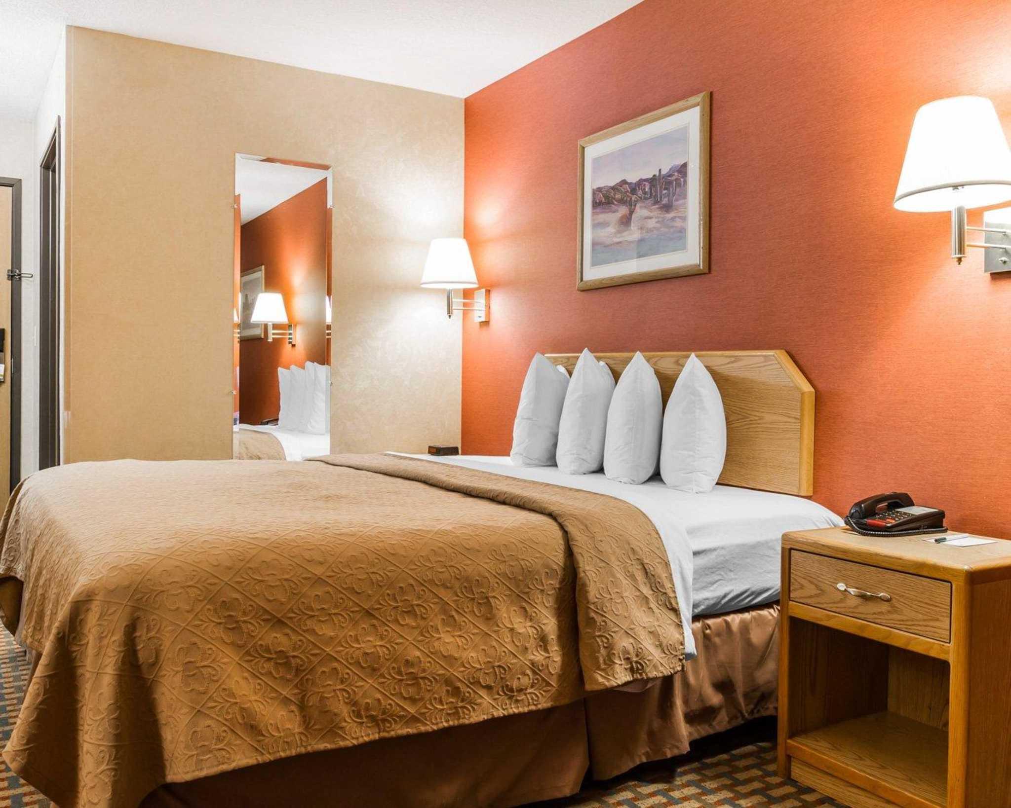 Quality Inn & Suites Surprise Near Sun City West image 12