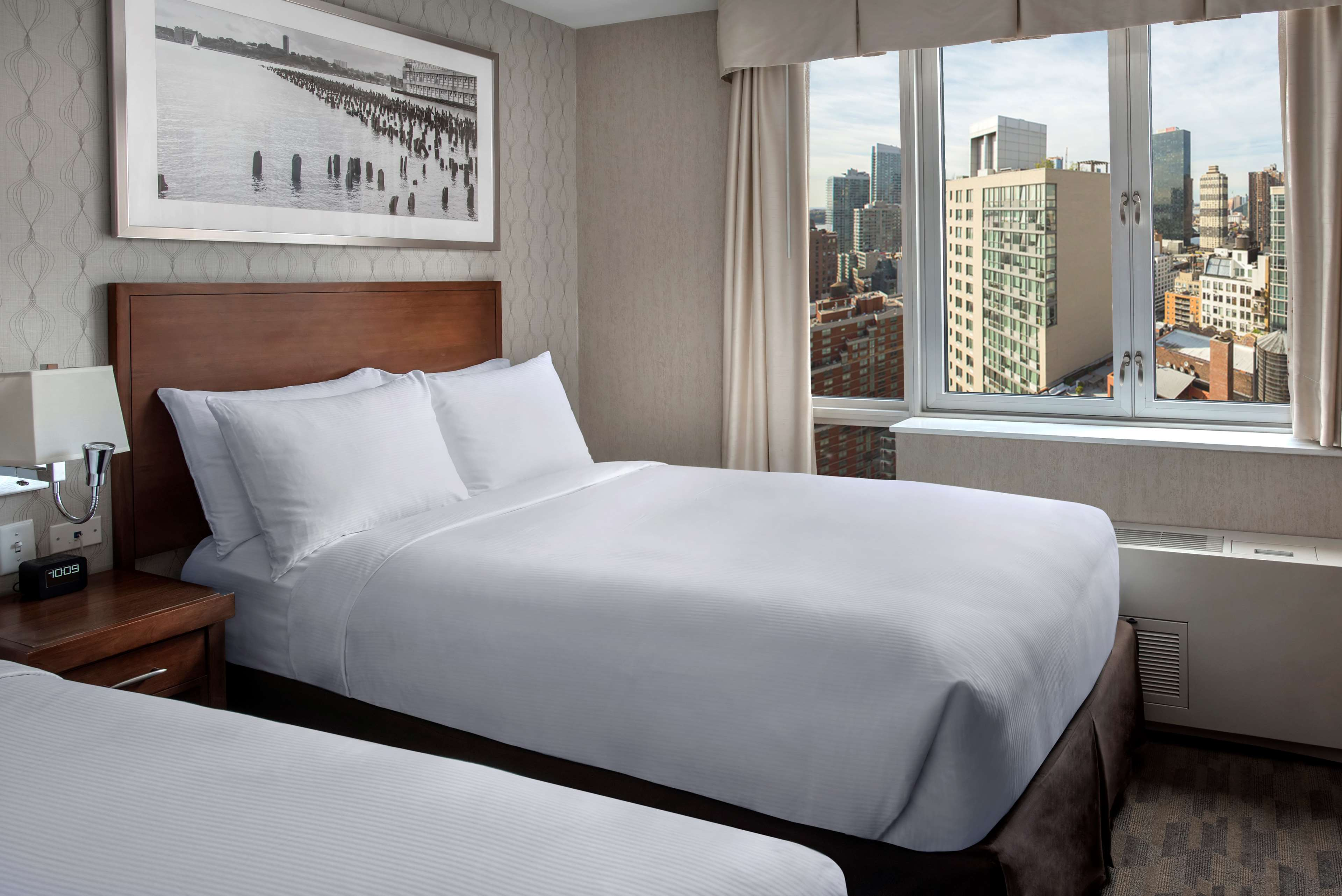 DoubleTree by Hilton Hotel New York - Times Square South image 16