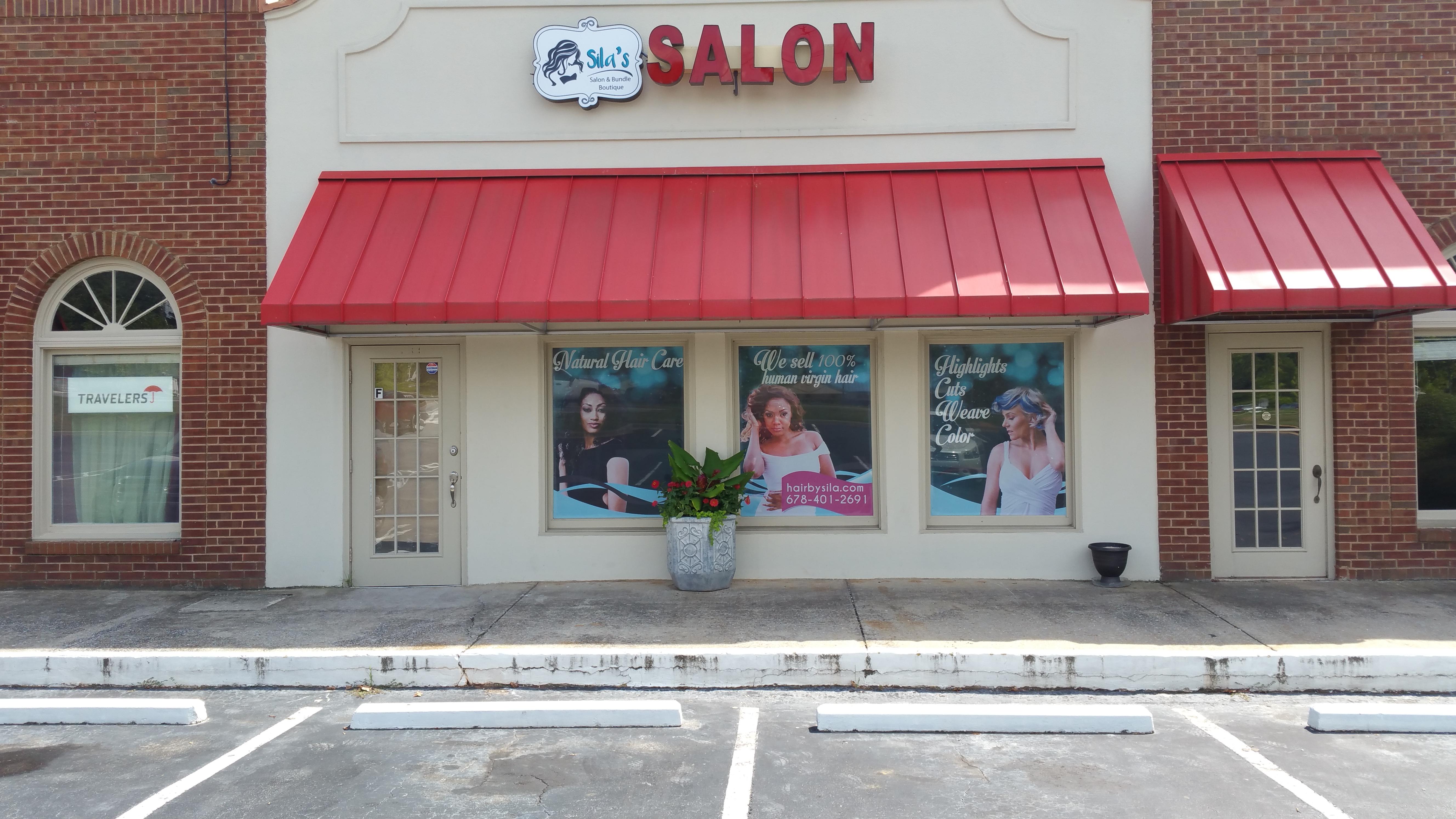 Sila's Salon & Bundle Boutique image 2