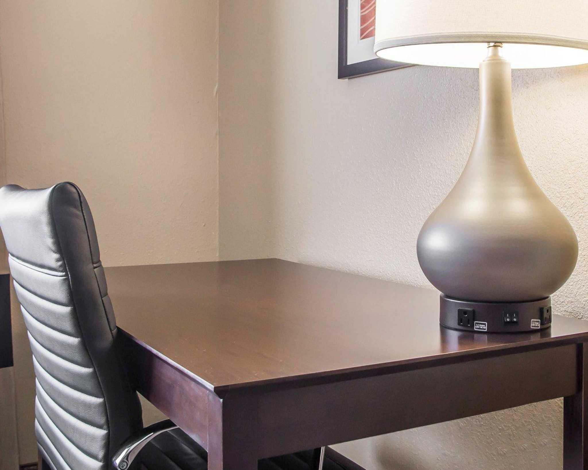 Comfort Inn & Suites Waterloo – Cedar Falls image 12