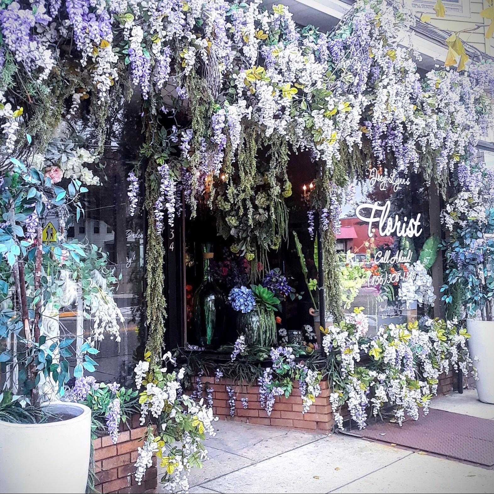 Joey-Lynns Flowers