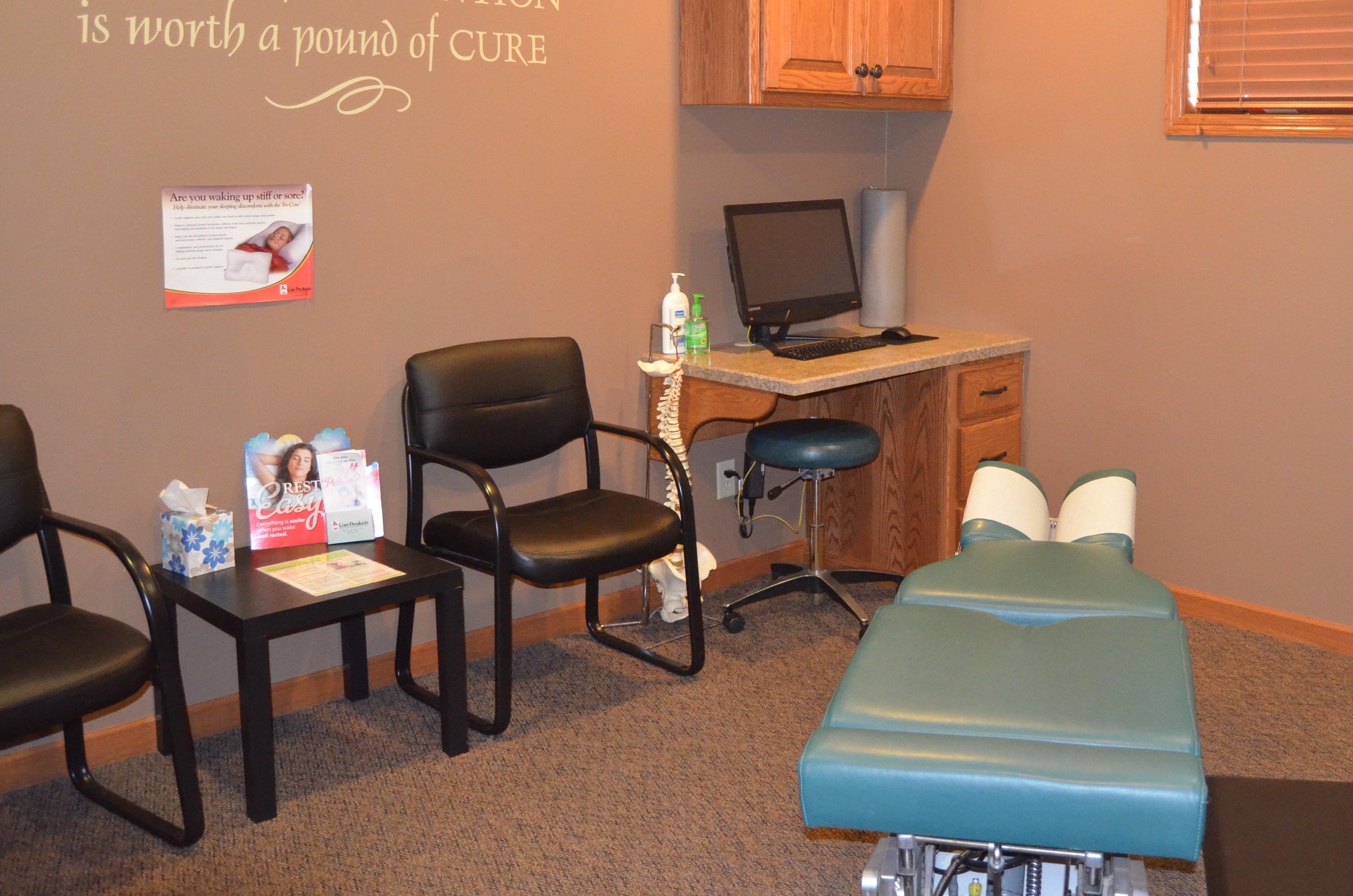 Lyon County Chiropractic image 11