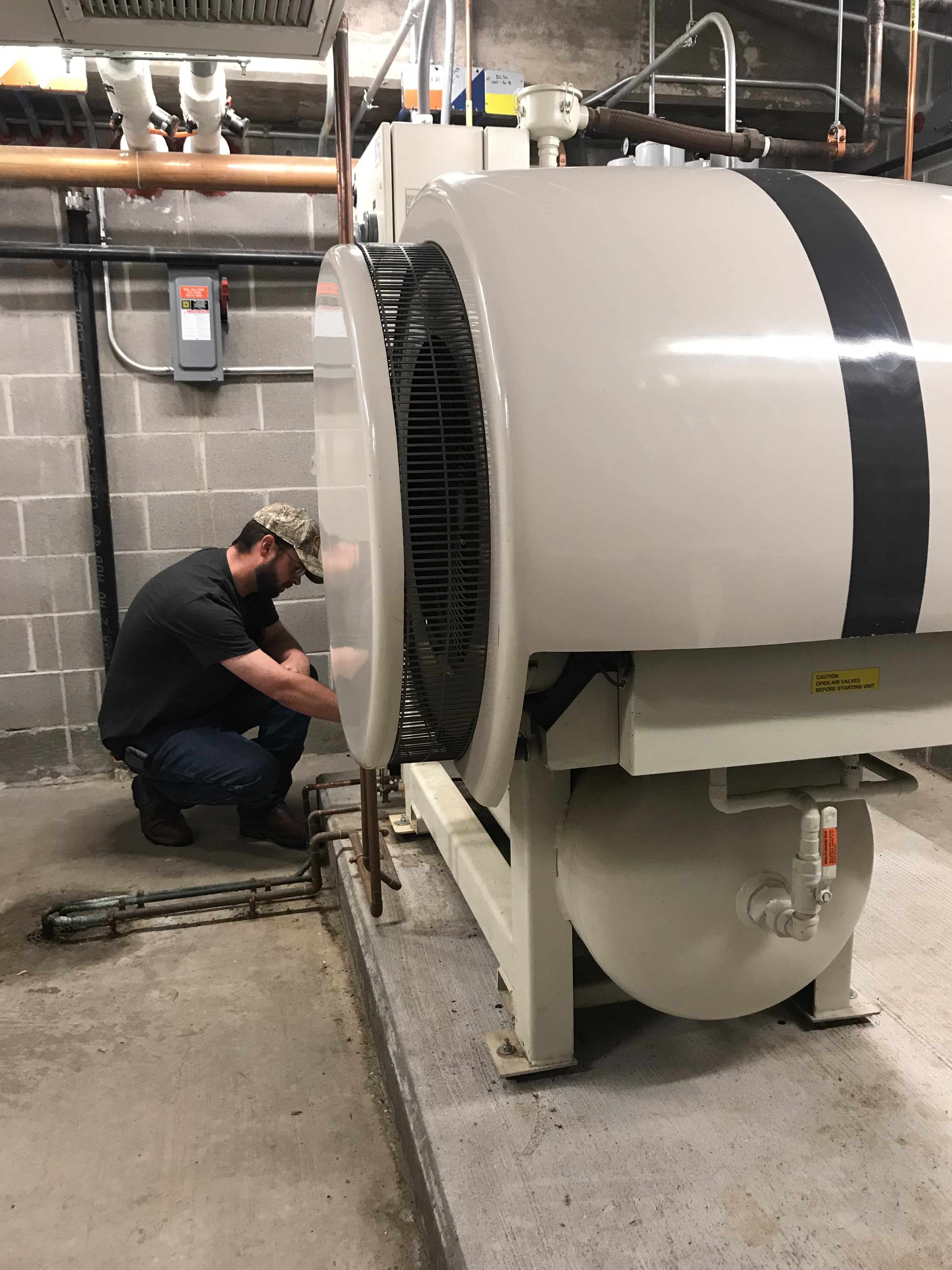 Hollis Mechanical image 2