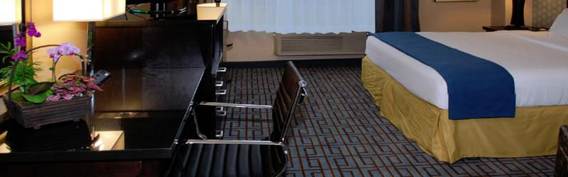 Holiday Inn Express & Suites Los Angeles Downtown West image 1