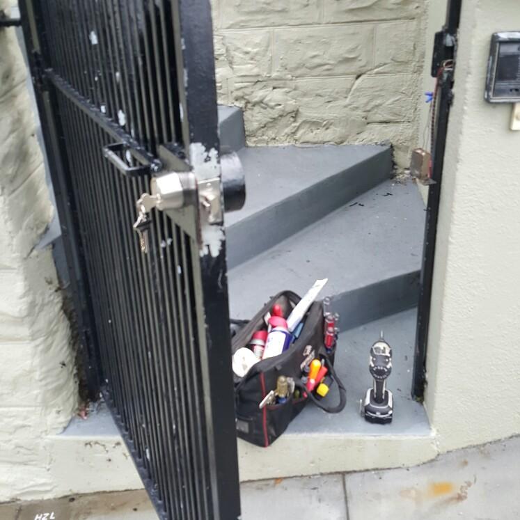 DS Locksmith SF image 1