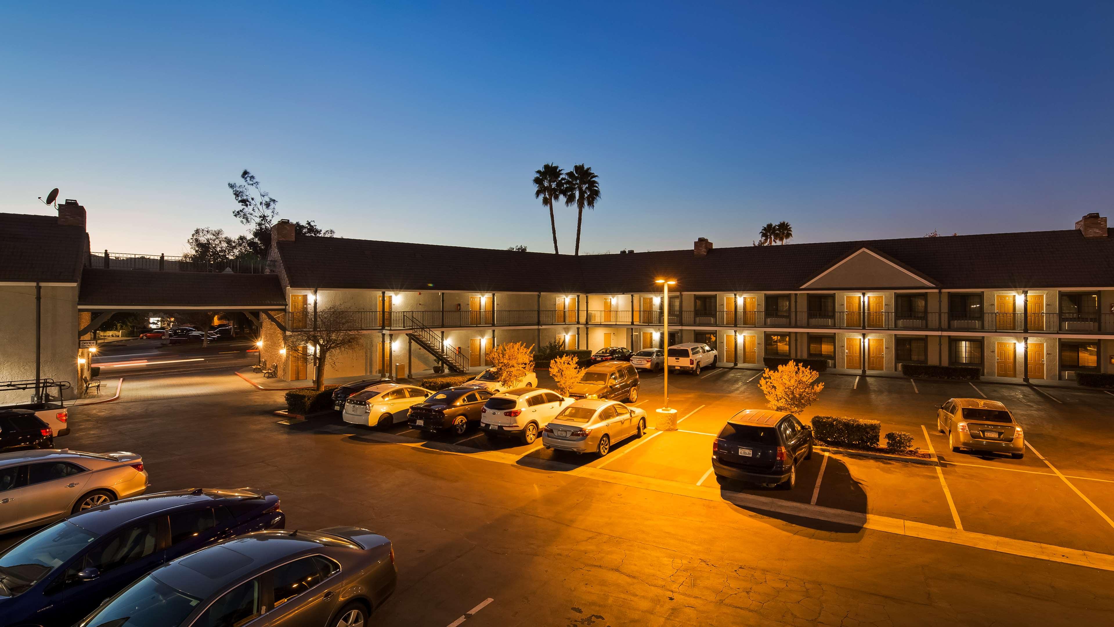 Best Western Country Inn image 29