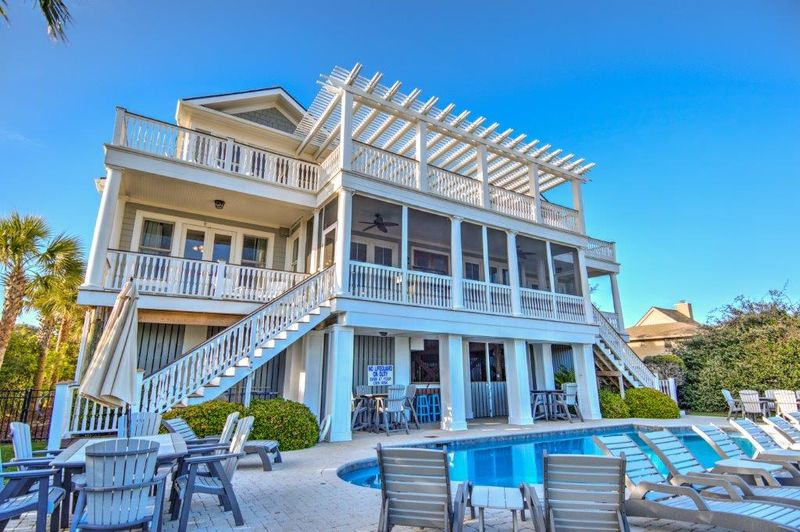 Isle of Palms Vacation Rentals by Exclusive Properties image 16