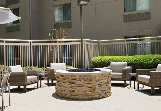 SpringHill Suites by Marriott Atlanta Alpharetta image 2