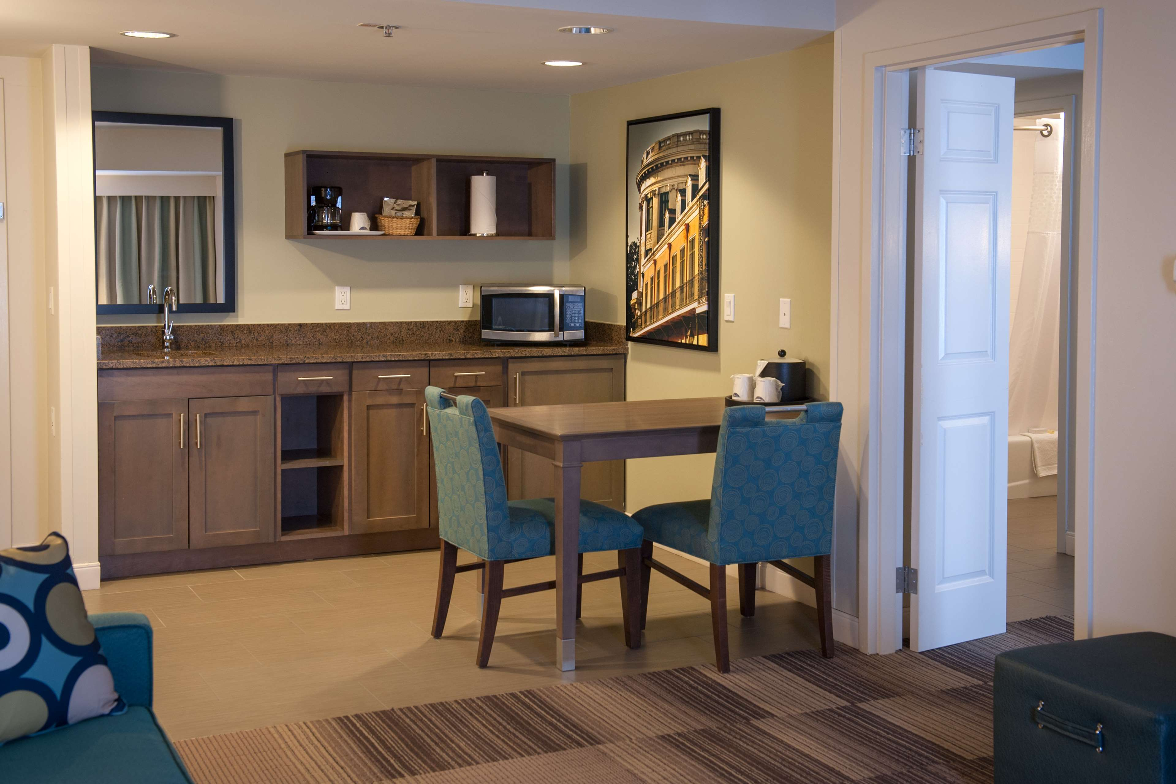 Hampton Inn & Suites New Orleans-Elmwood/Clearview Parkway Area image 13
