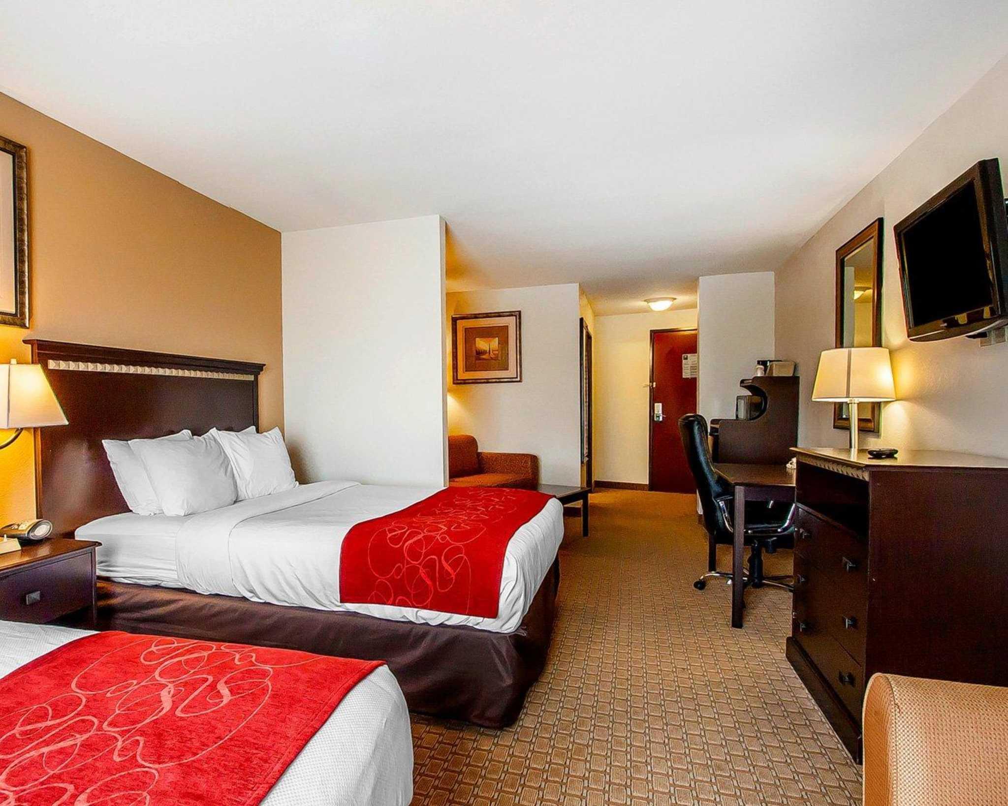 Comfort Suites Jackson-Cape Girardeau image 14