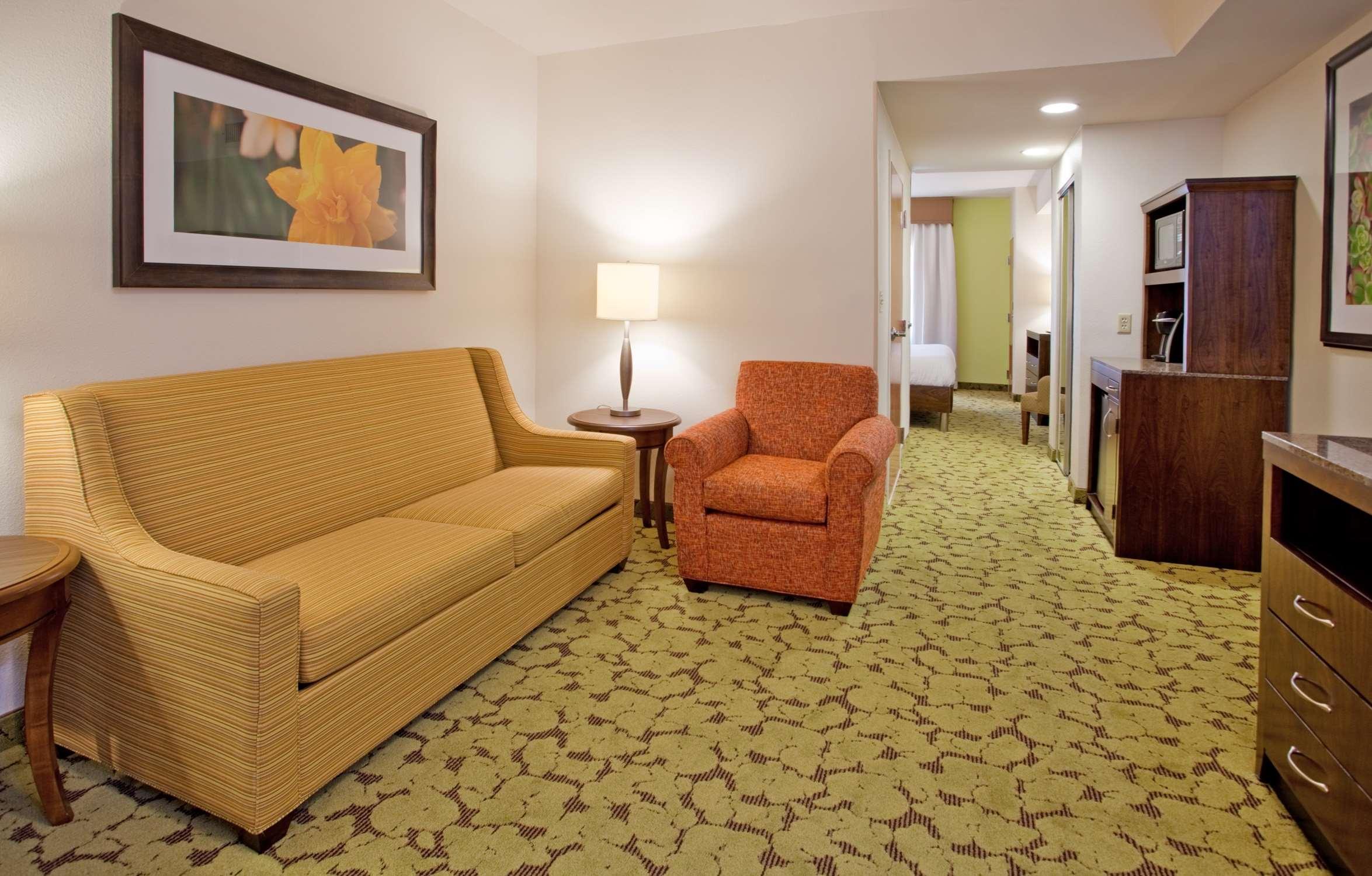 Hilton Garden Inn Boca Raton image 19