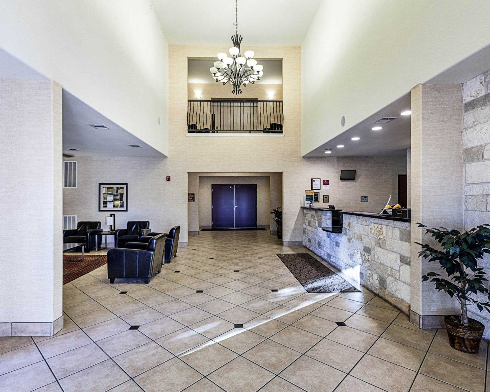 Comfort Suites San Antonio North - Stone Oak image 14