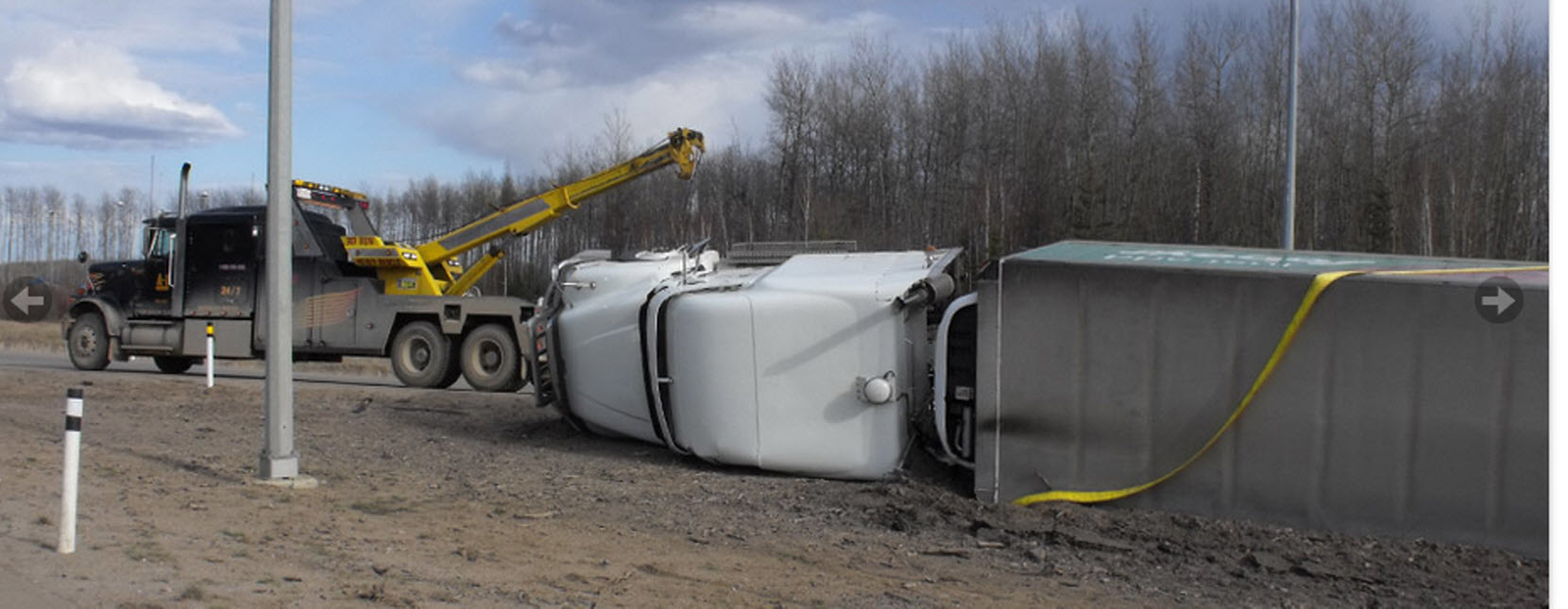 A-1 Equipment Hauling & Towing in Fort McMurray: Heavy Hauler towing