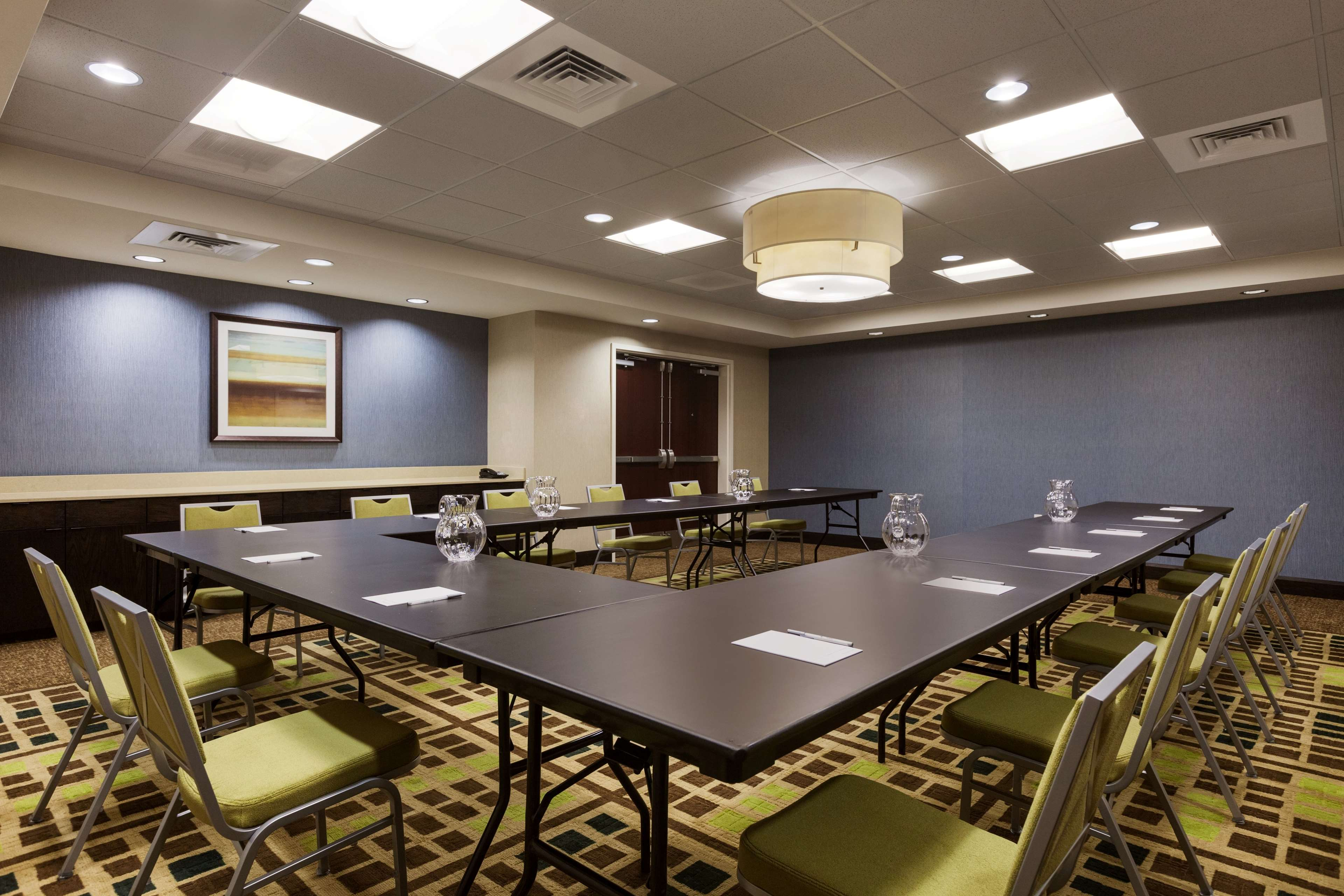 Hampton Inn & Suites Camp Springs/Andrews AFB image 13