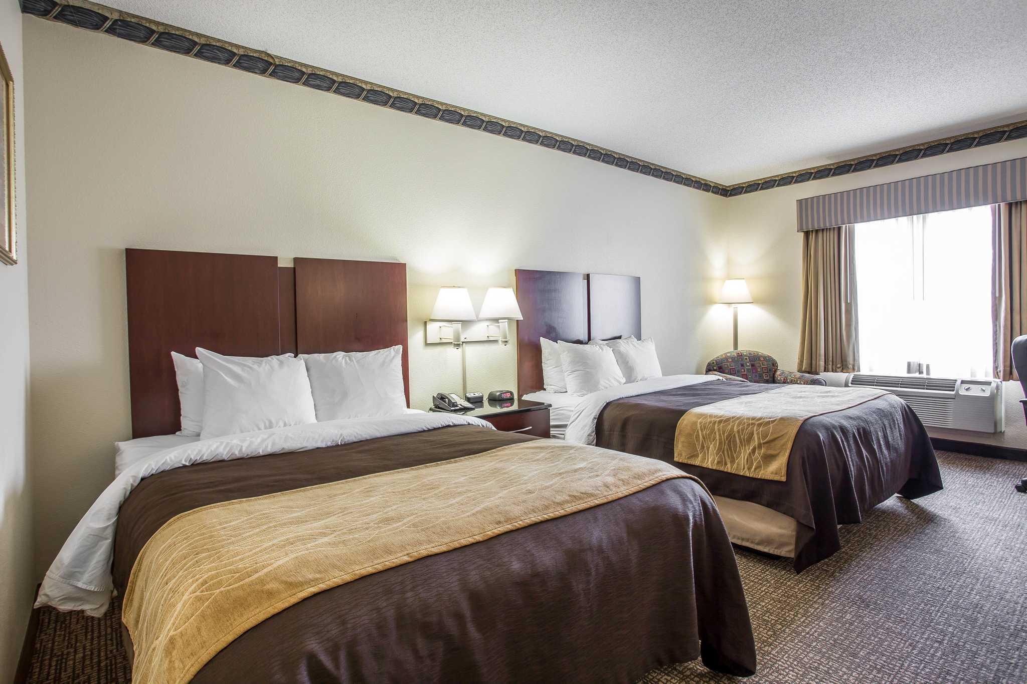 Comfort Inn & Suites Ft.Jackson Maingate image 10