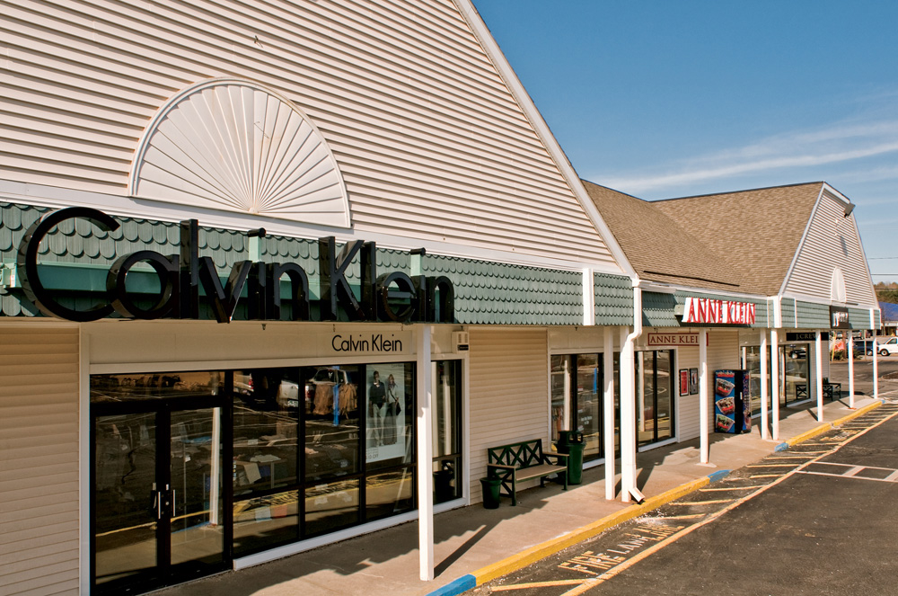 Kittery Premium Outlets image 9