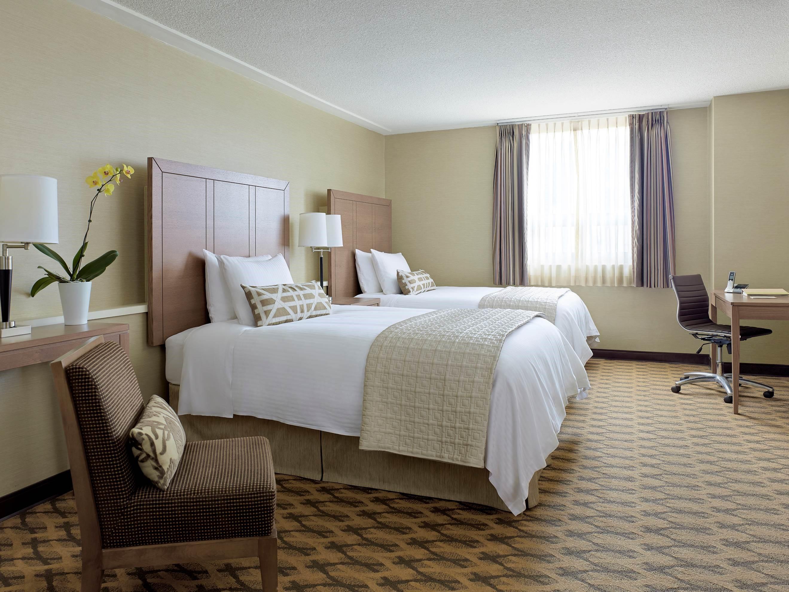 CHELSEA HOTEL, TORONTO in Toronto: Chelsea Double Bed Room