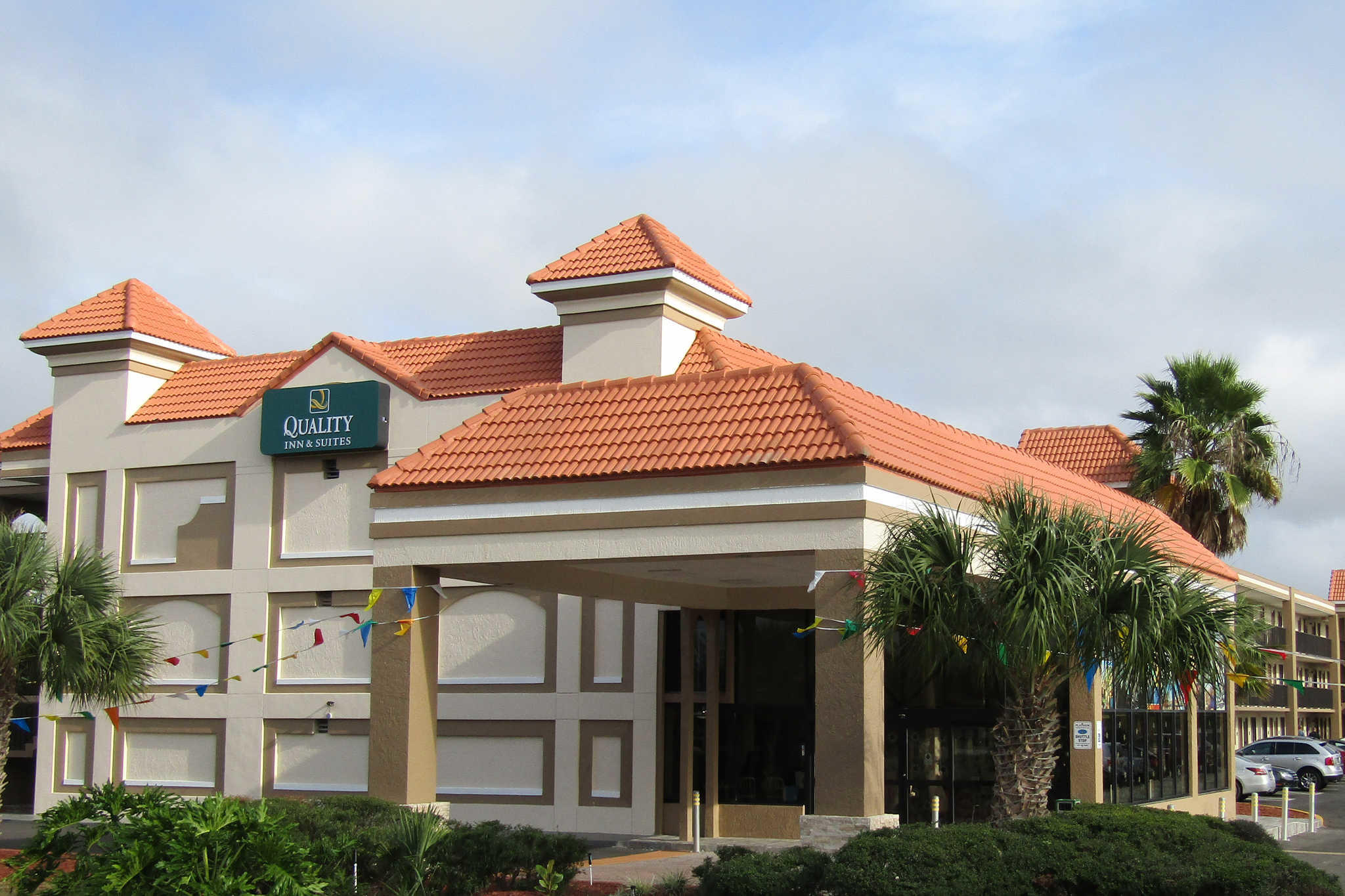 Quality Inn & Suites Kissimmee by The Lake image 2