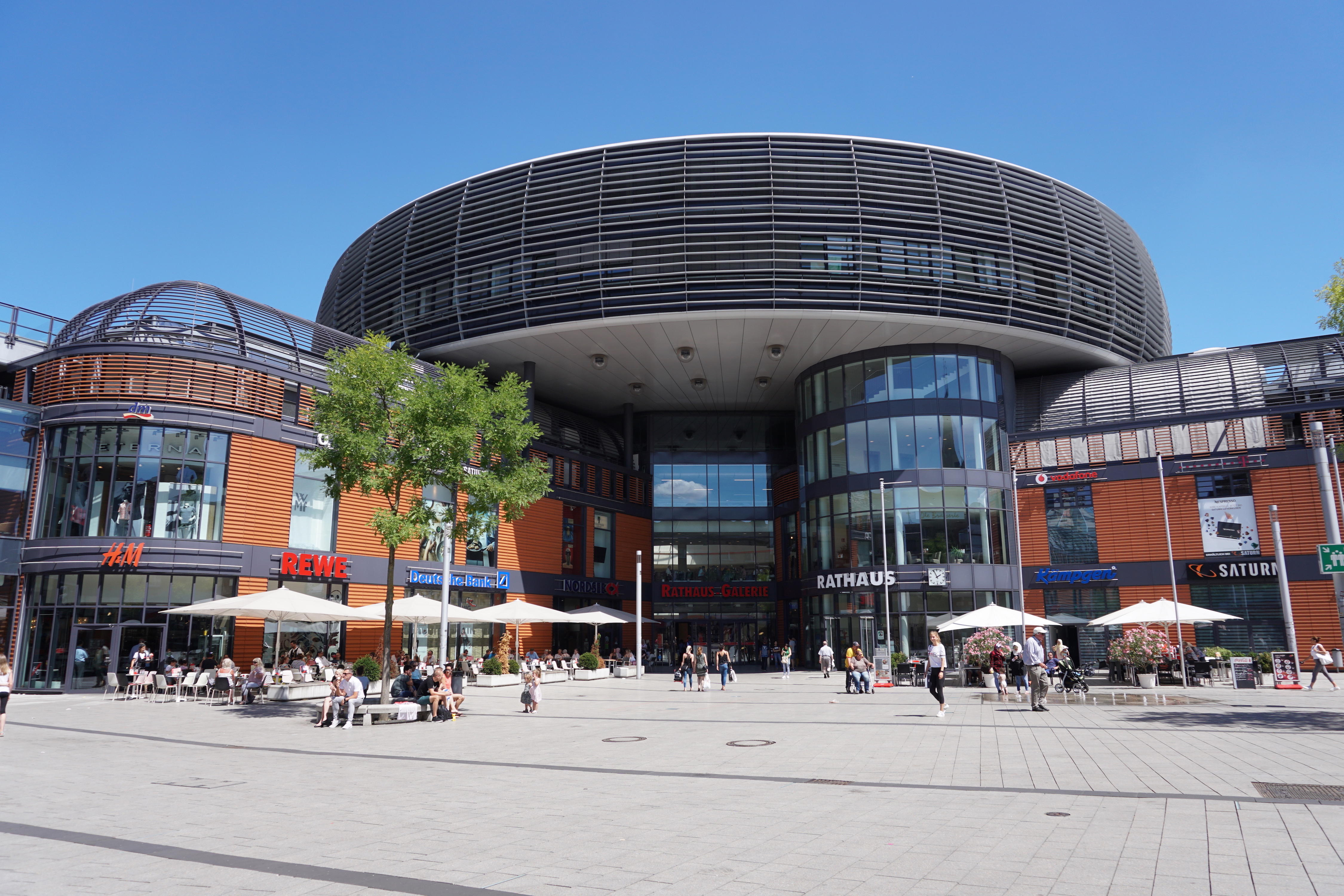 SATURN, Friedrich-Ebert-Platz 2 in Leverkusen
