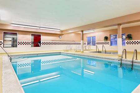 Country Inn & Suites by Radisson, Elgin, IL image 2