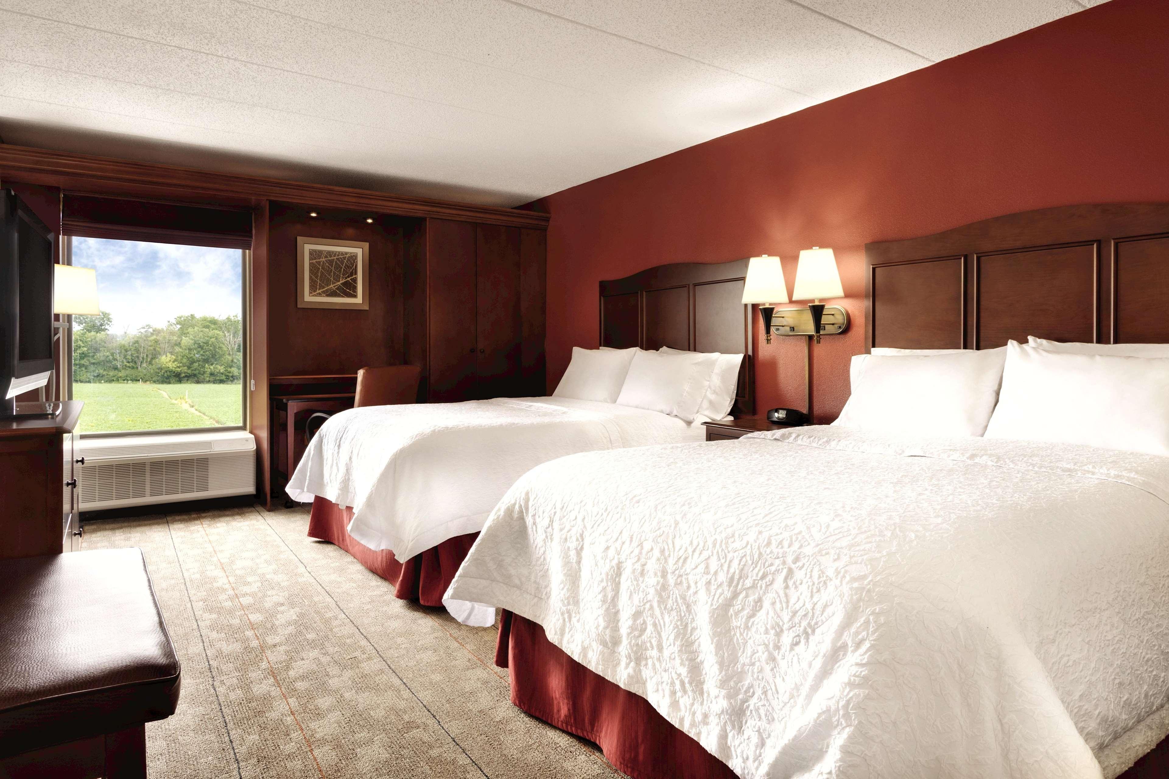 Hampton Inn Cincinnati-Kings Island image 28