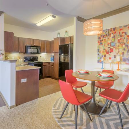 Summerbrooke Apartments image 4