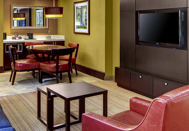 Courtyard by Marriott Atlanta Decatur Downtown/Emory image 5