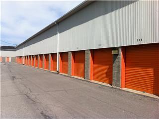 Multi-Entrepôts à Saint-Jean-Sur-Richelieu