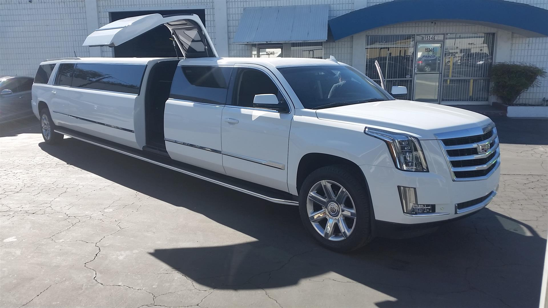 Pinnacle Limousines Manufacturing - City of Industry, CA 91745 - (213)507-5466 | ShowMeLocal.com