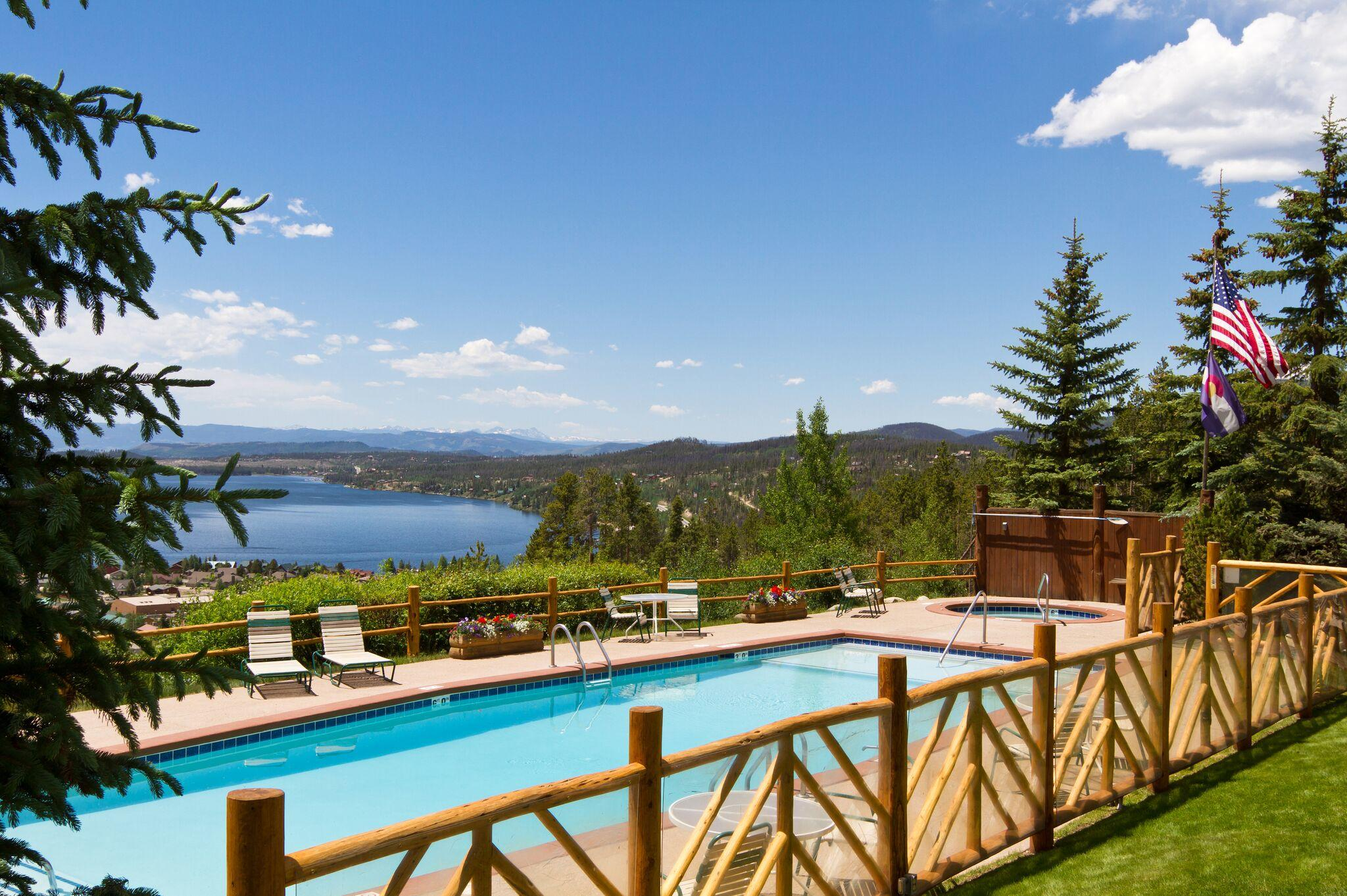 Grand Lake Lodge image 9