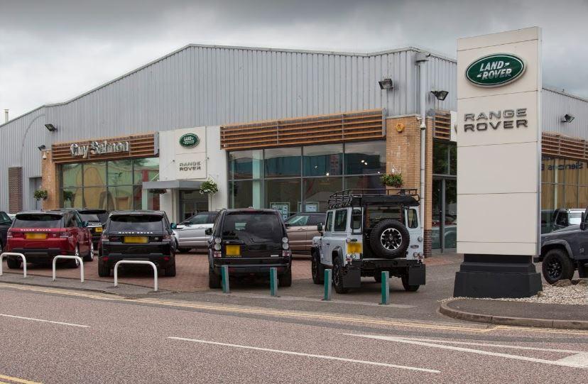 Do Car Dealers Open On Sunday