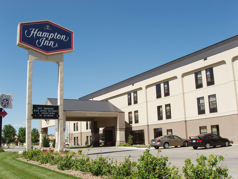 Hampton Inn Hutchinson image 2