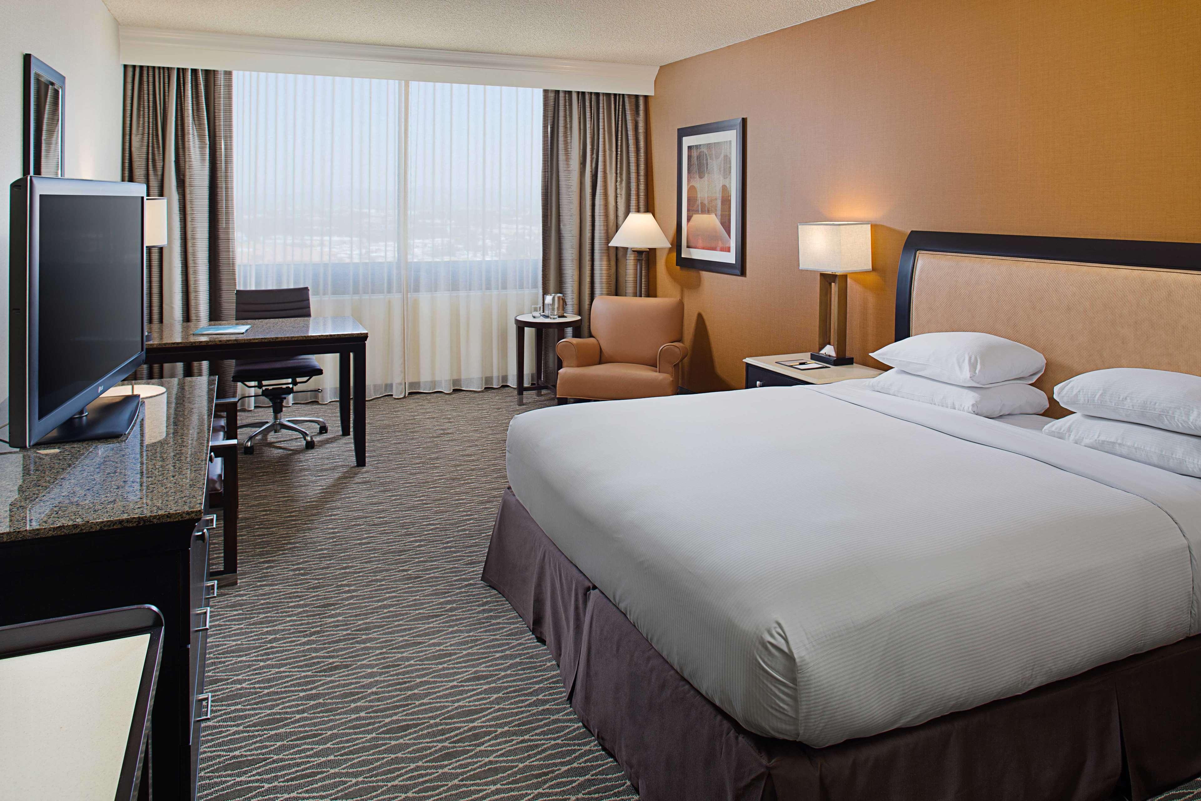 DoubleTree by Hilton Hotel Anaheim - Orange County image 38