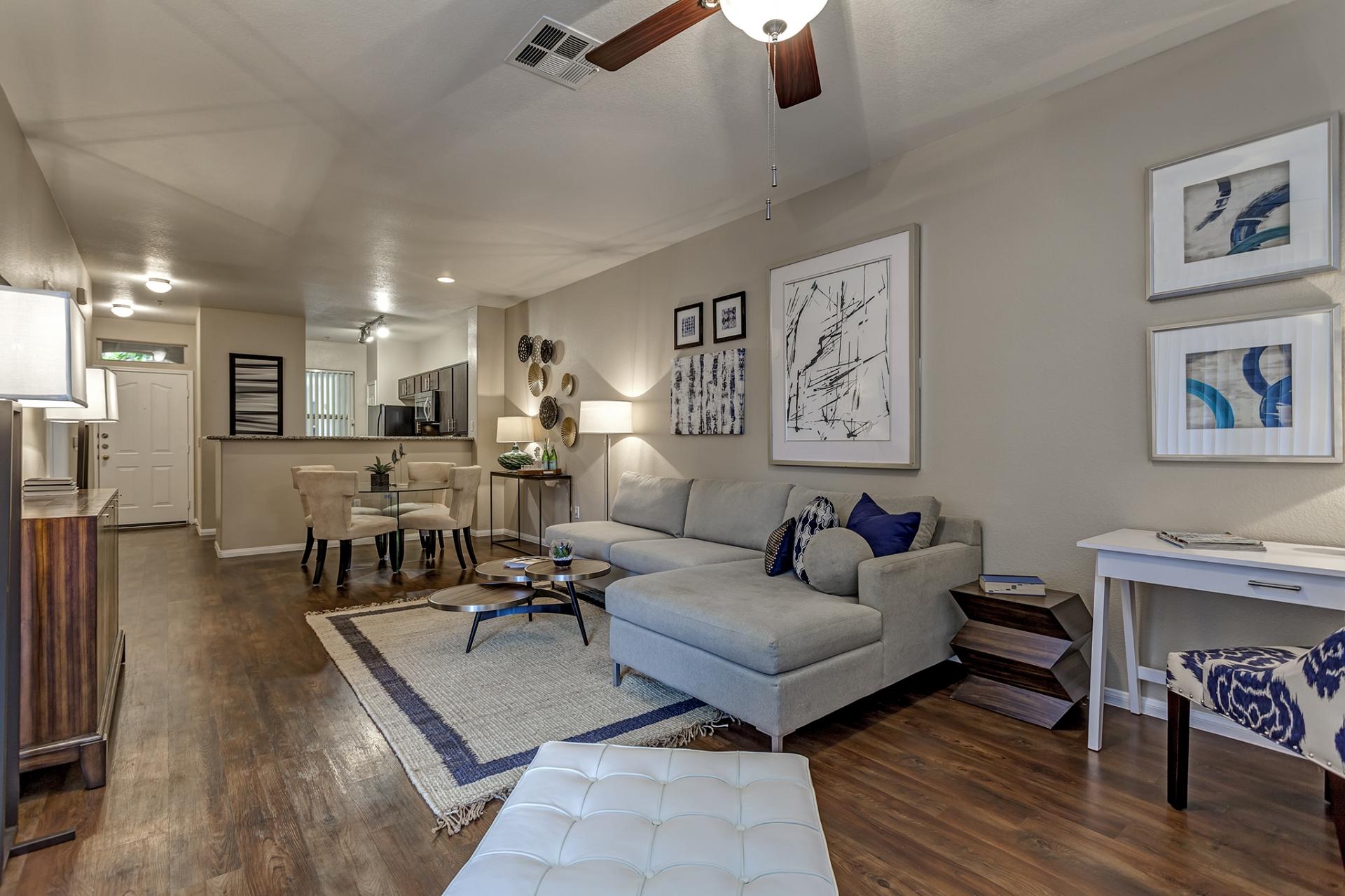 Camden Crown Valley Apartments image 4