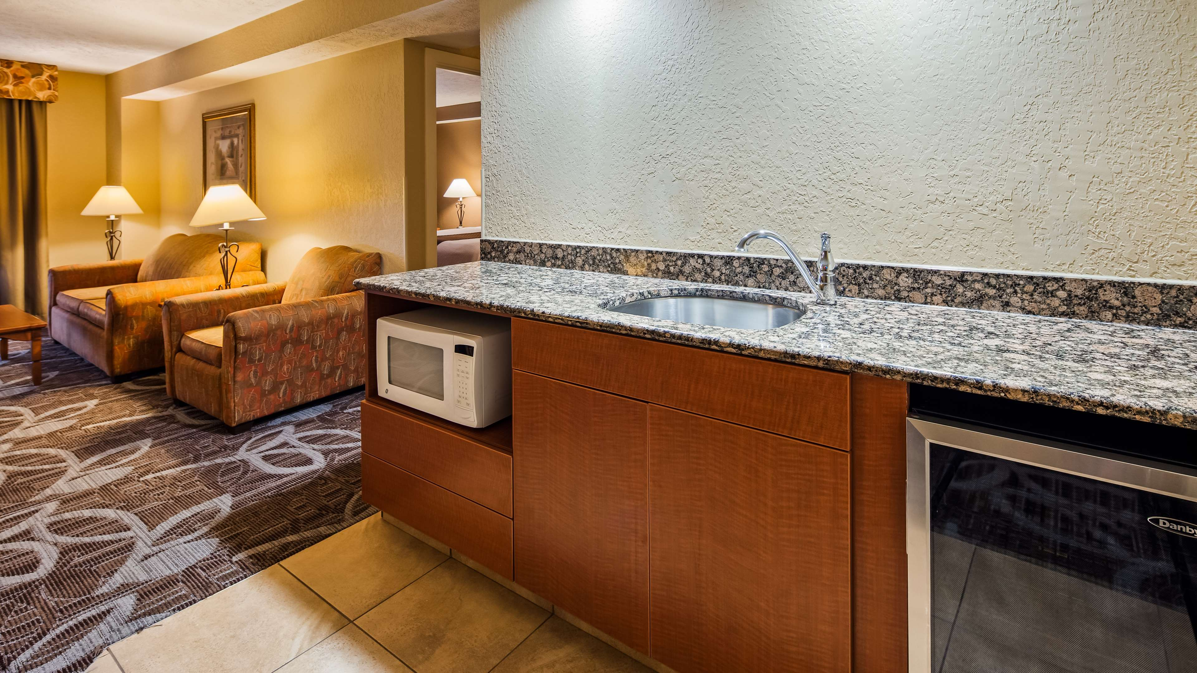 Best Western Plus Mid Nebraska Inn & Suites image 14
