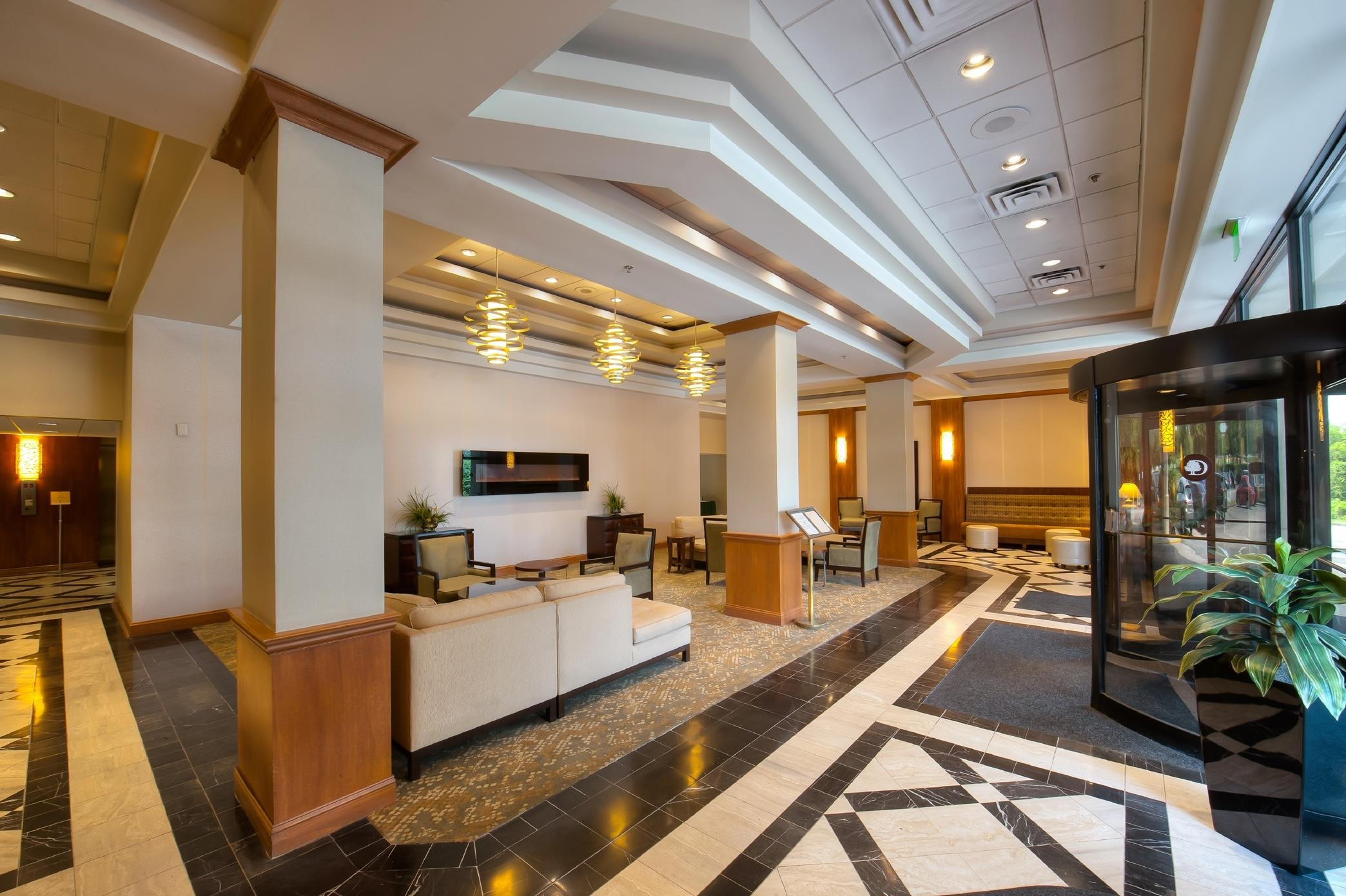 DoubleTree by Hilton Hotel Baltimore North - Pikesville image 13