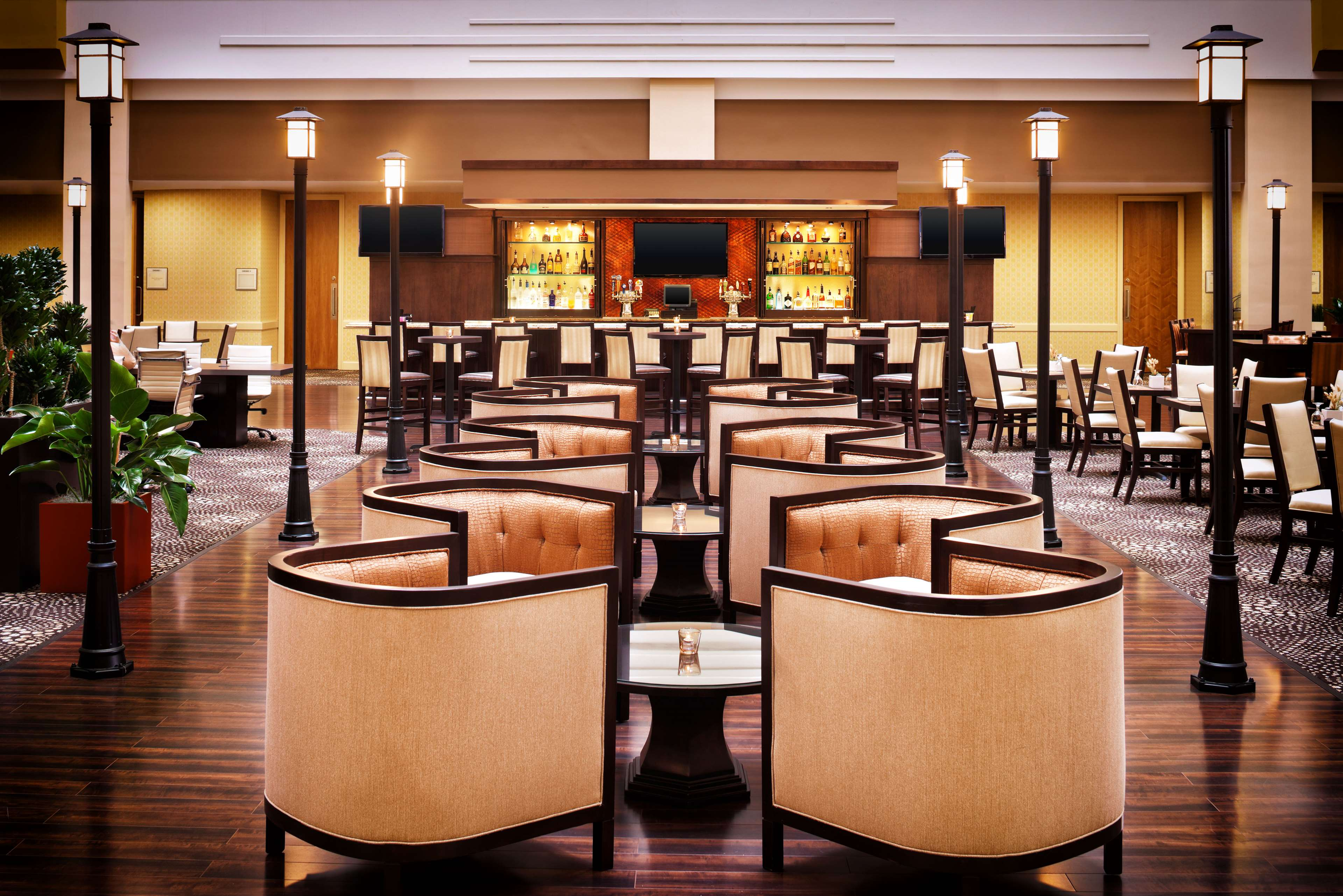 Sheraton Suites Chicago O'Hare image 10