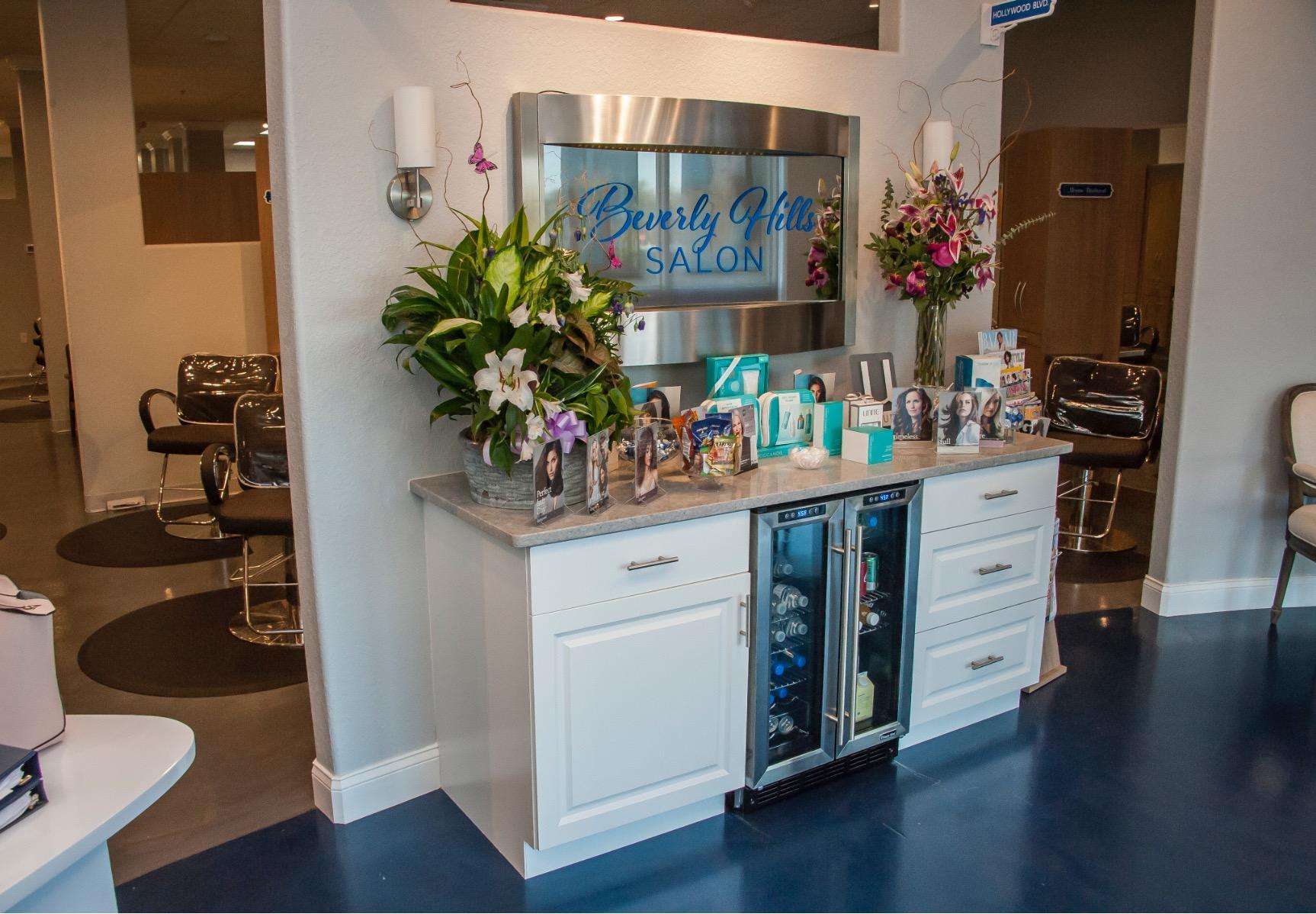 Beverly Hills Salon image 2