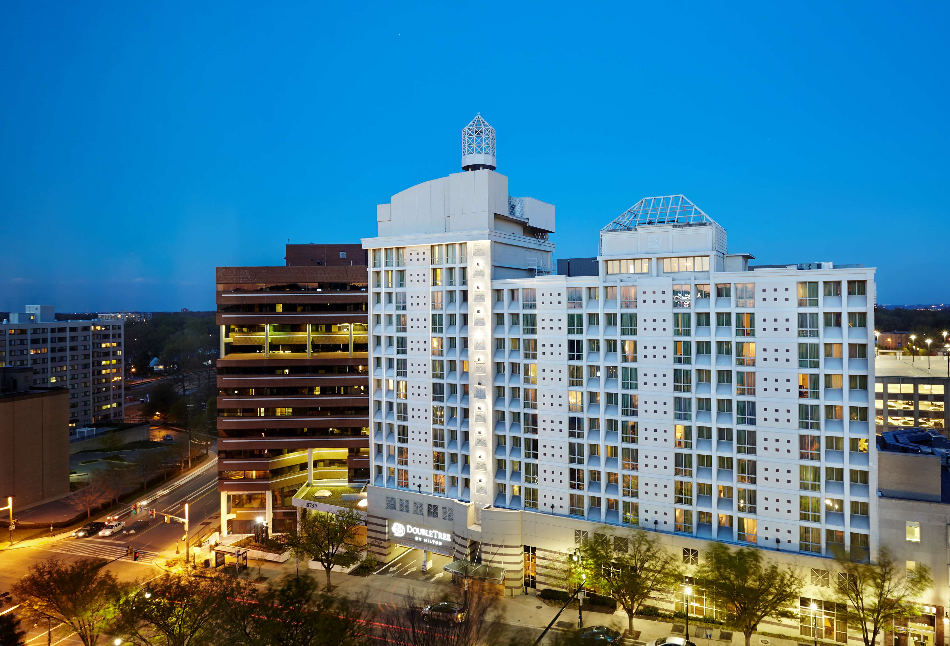 DoubleTree by Hilton Hotel Washington DC - Silver Spring image 2