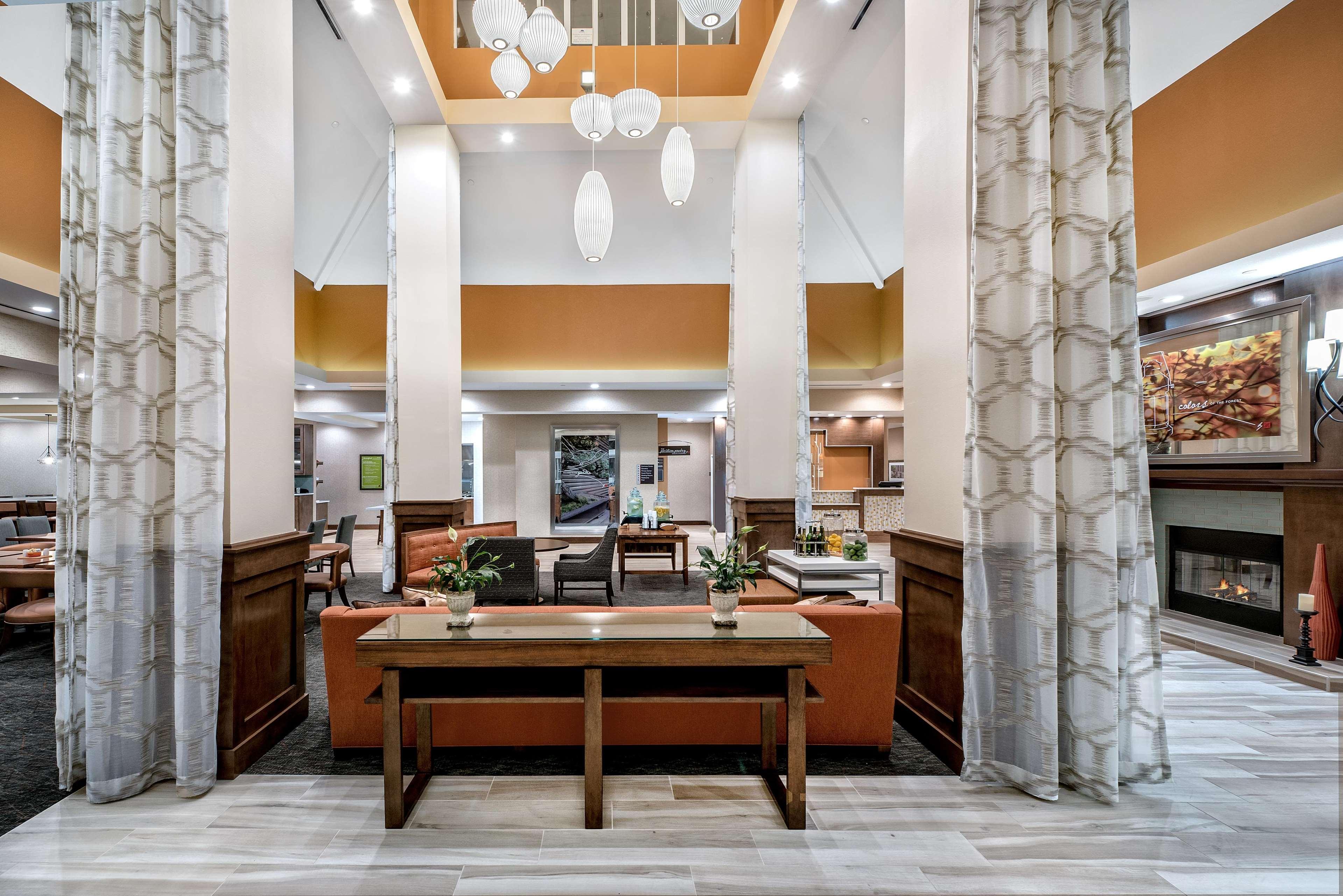 Hilton Garden Inn San Marcos image 4