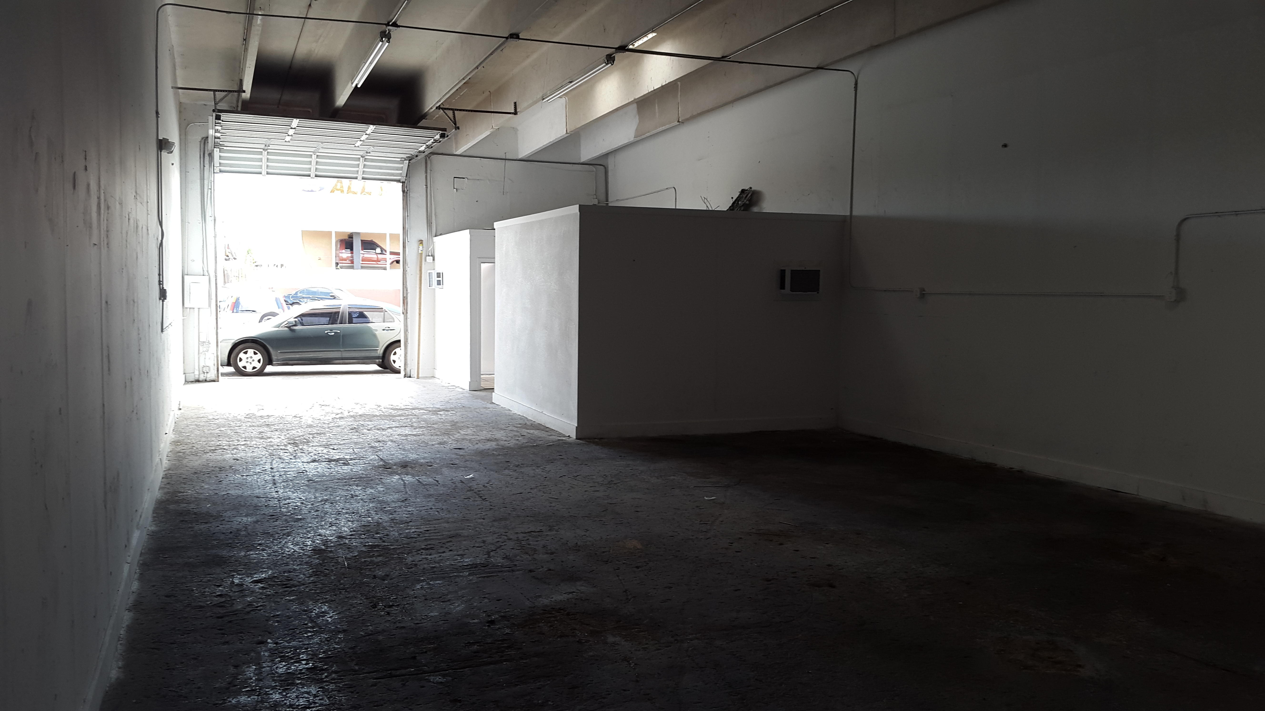 Warehouse for Rent in Miami image 41