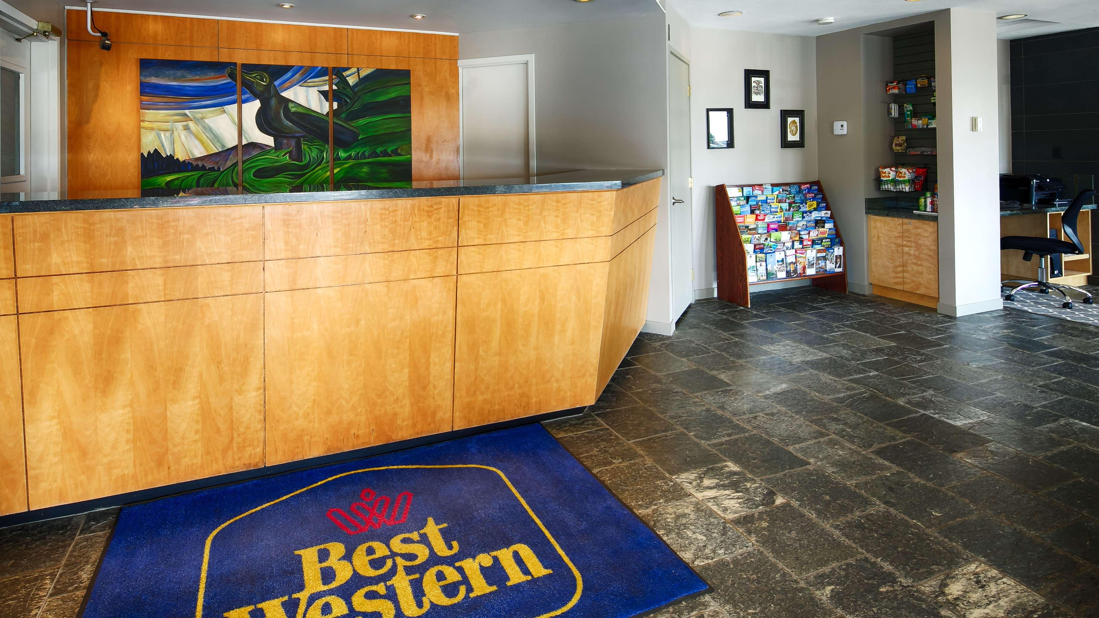 Best Western Bakerview Inn in Abbotsford: Hotel Lobby